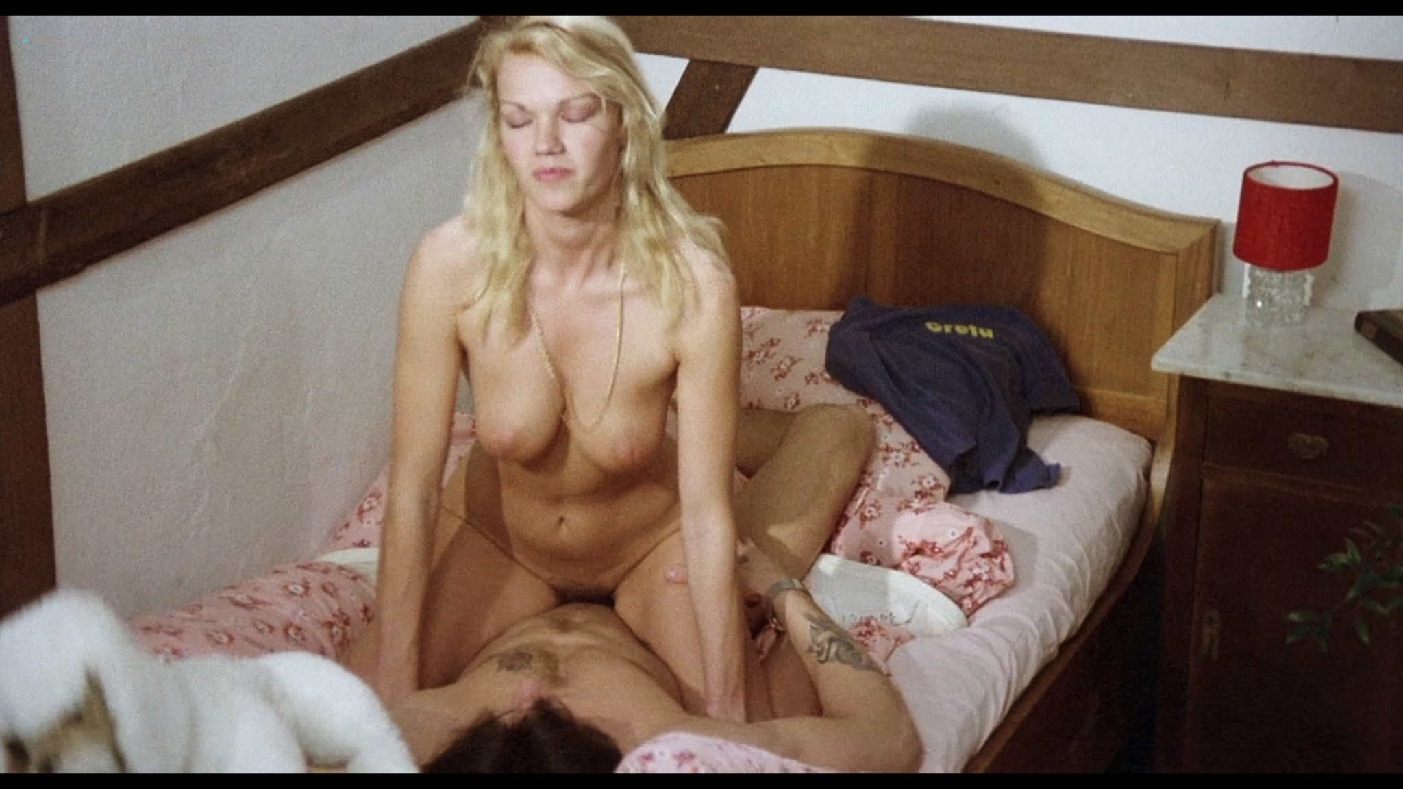 Brigitte Lahaie nude sex Elsa Maroussia and other lots of sex - Swedish Gas Pump Girls (1980) HD 720p BluRay (20)