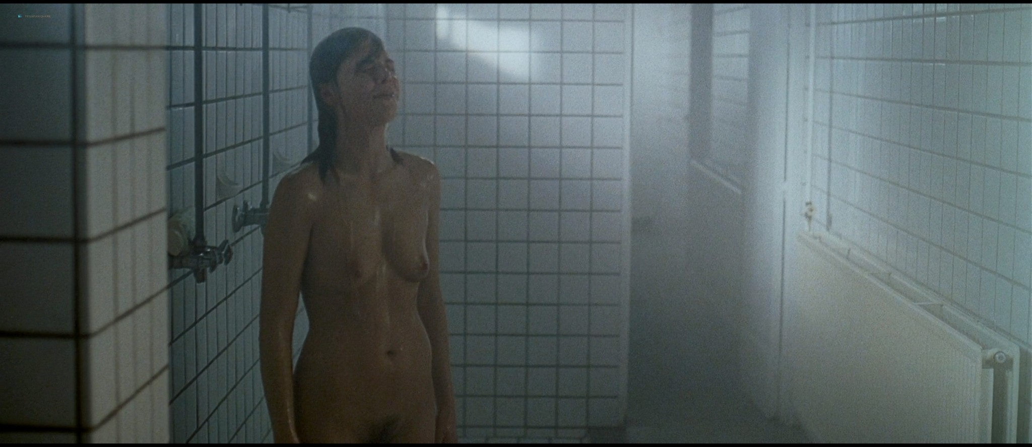 Eline Kuppens nude full frontal and sex - Linkeroever (BE-2008) HD 1080p BluRay (19)