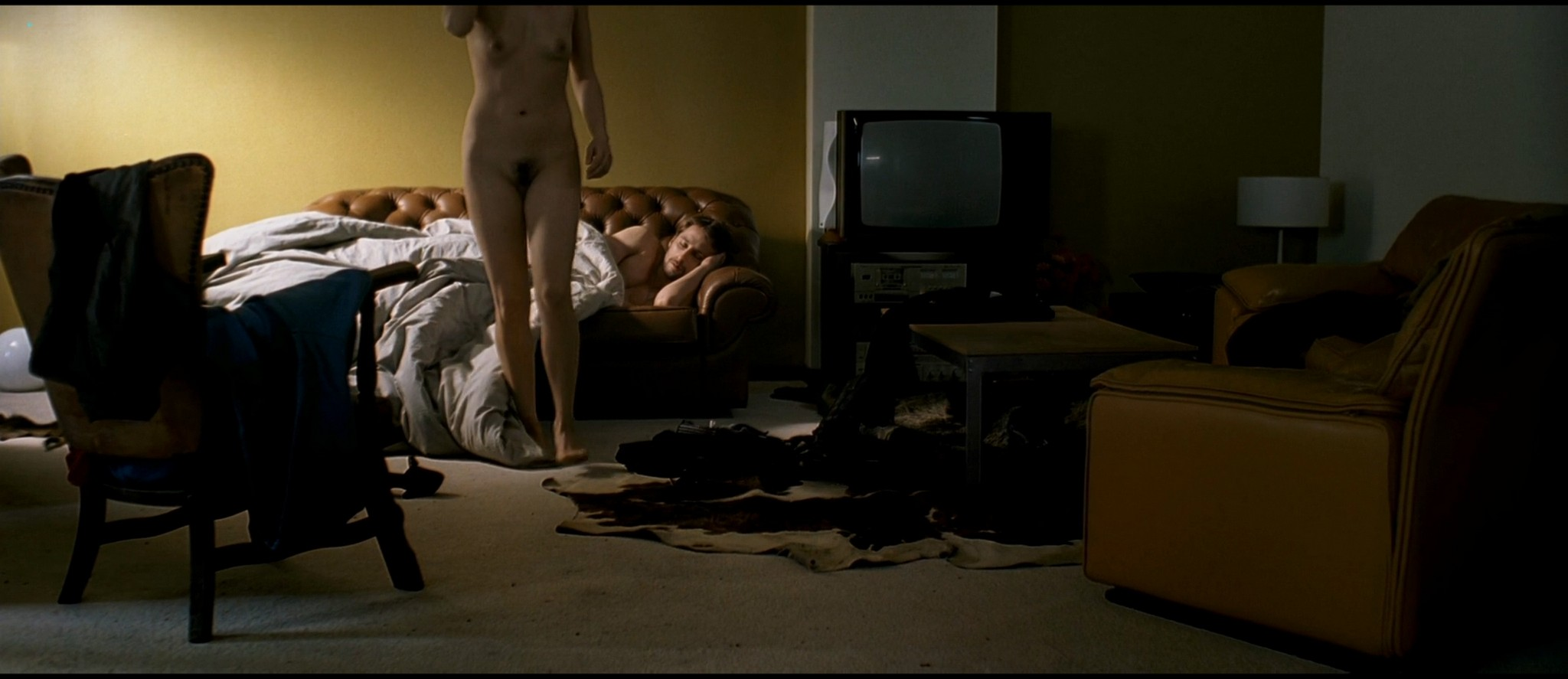 Eline Kuppens nude full frontal and sex - Linkeroever (BE-2008) HD 1080p BluRay (13)