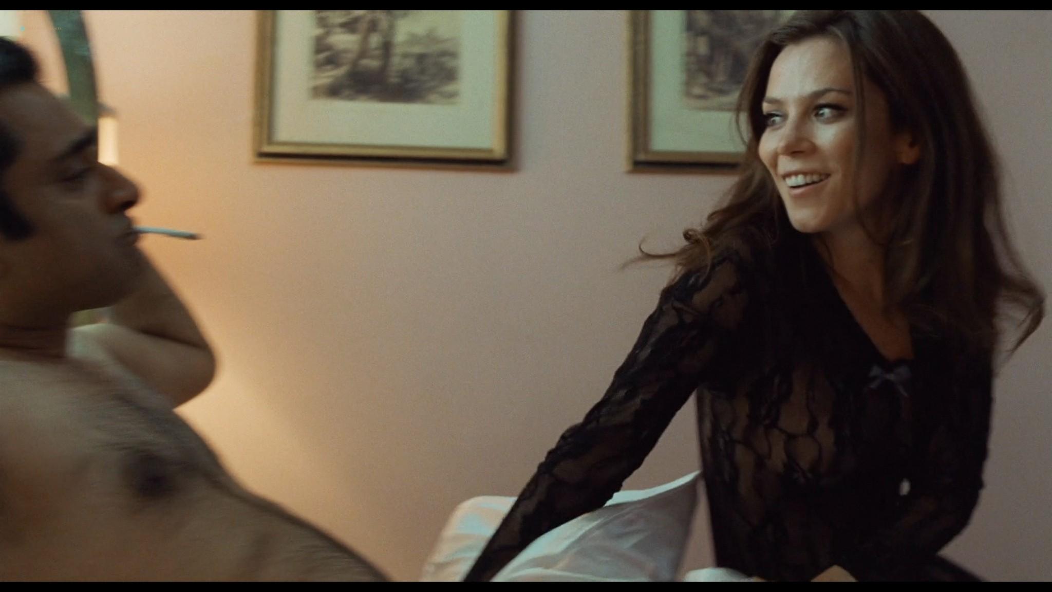 Anna Friel sexy Keira Knightley hot - London Boulevard (2011) HD 1080p BluRay (5)