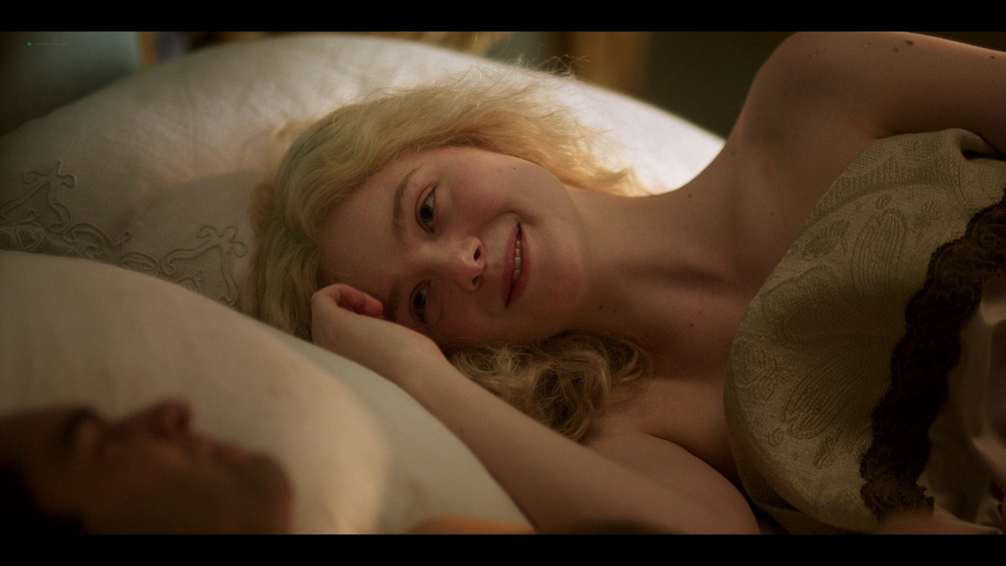 Elle Fanning hot some sex - The Great (2020) s1e5-10 UHD 1080-2160p (5)