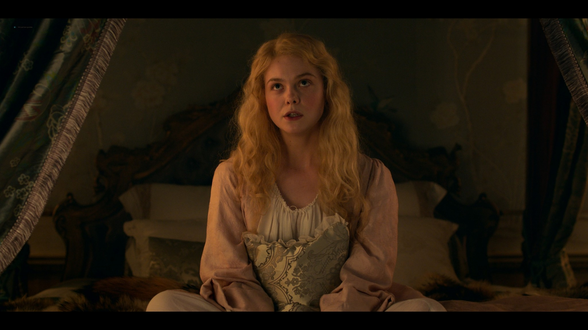 Elle Fanning nude butt and sex - The Great (2020) s1e1 UHD 2160p (15)