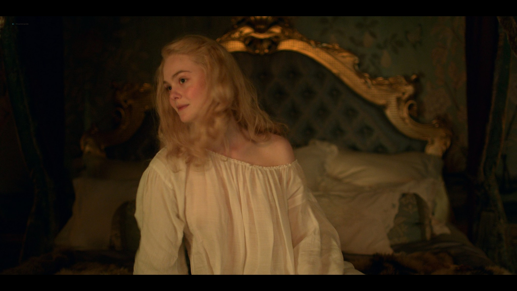 Elle Fanning nude butt and sex - The Great (2020) s1e1 UHD 2160p (13)