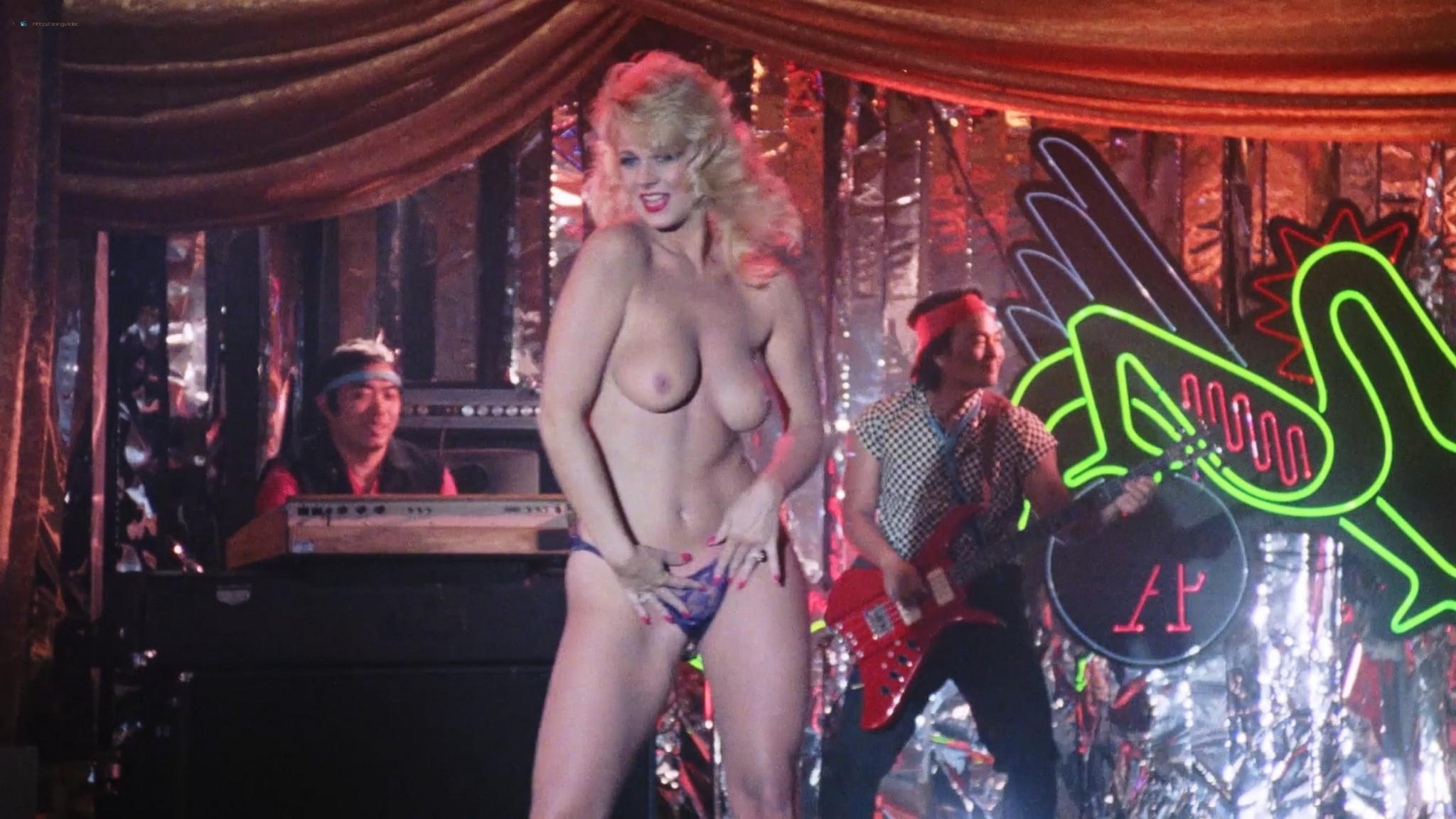 Jenny DuBasso  nackt