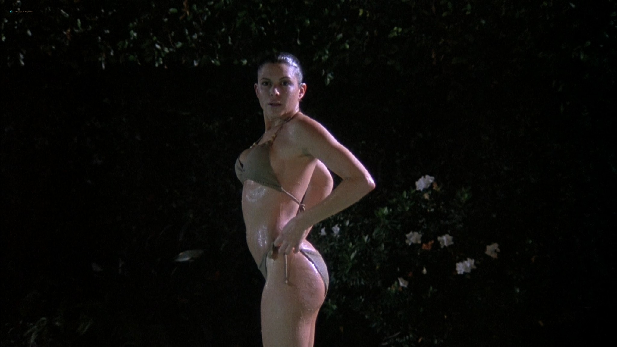 Kari Wuhrer wet and hot Amy Lindsay and others nude sex - Final Examination (2003) HD 1080p Web (8)
