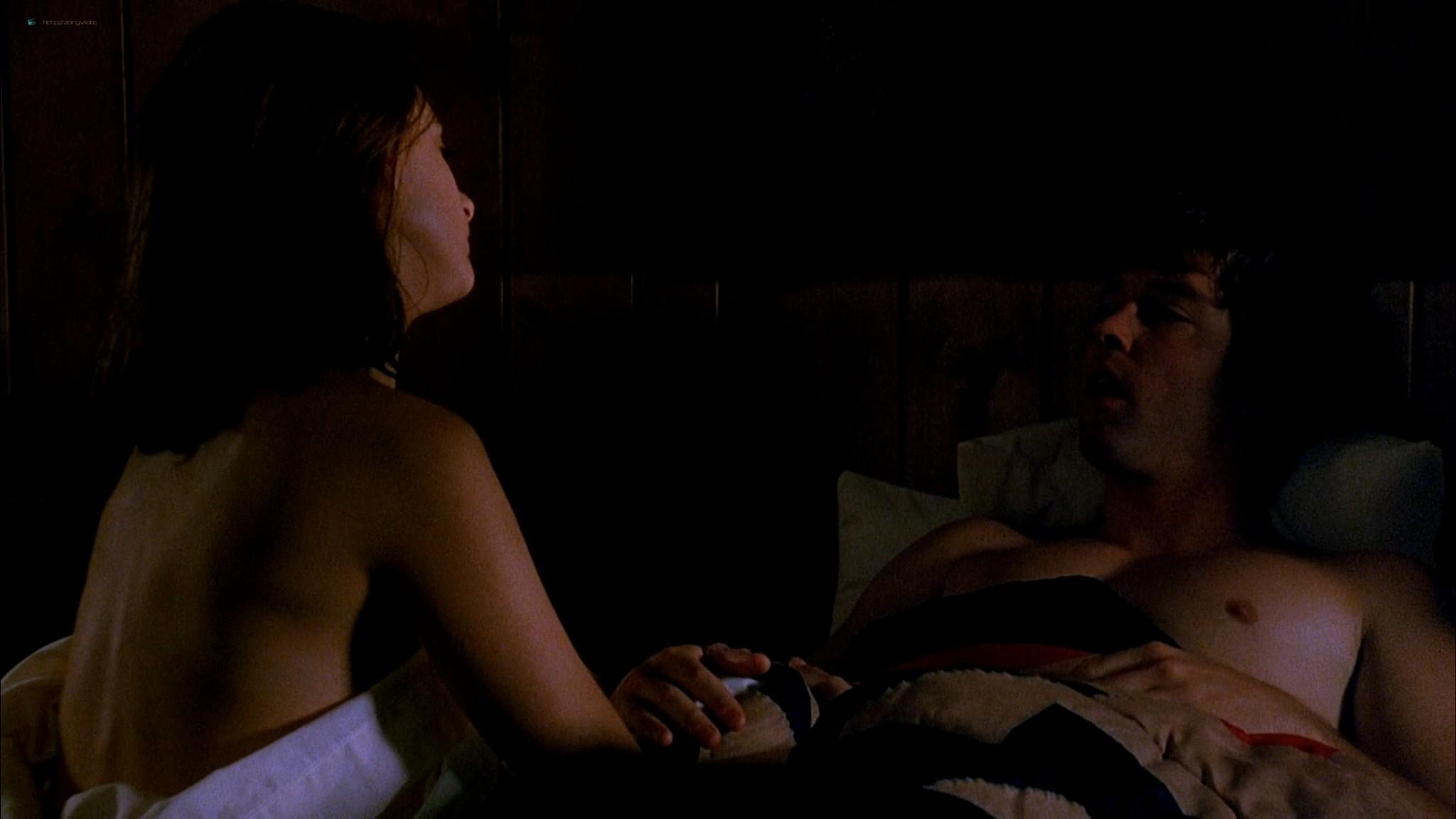 Marlee Matlin nude topless at the tub - Hear No Evil (1993) HD 1080p Web (4)