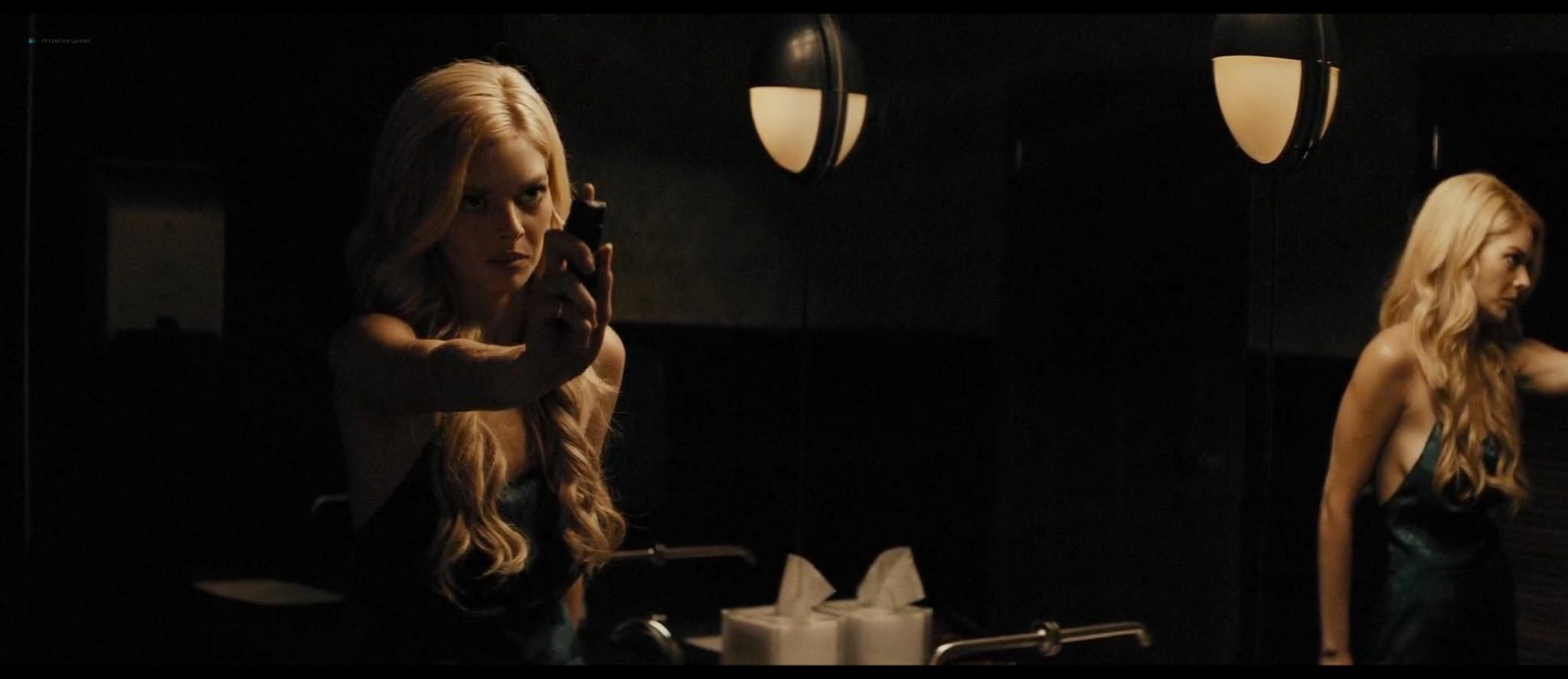 Samara Weaving nude butt and boobs Carly Chaikin sexy - Last Moment of Clarity (2020) HD 1080p (10)