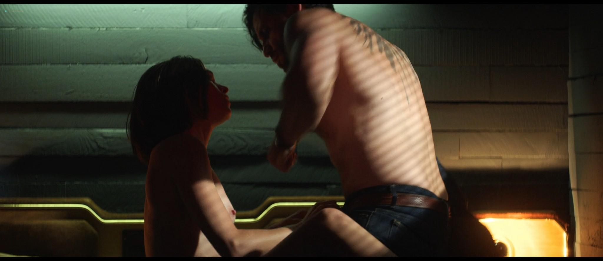 Anna Brewster nude sex - The Last Days of American Crime (2020) HD 1080p Web (10)