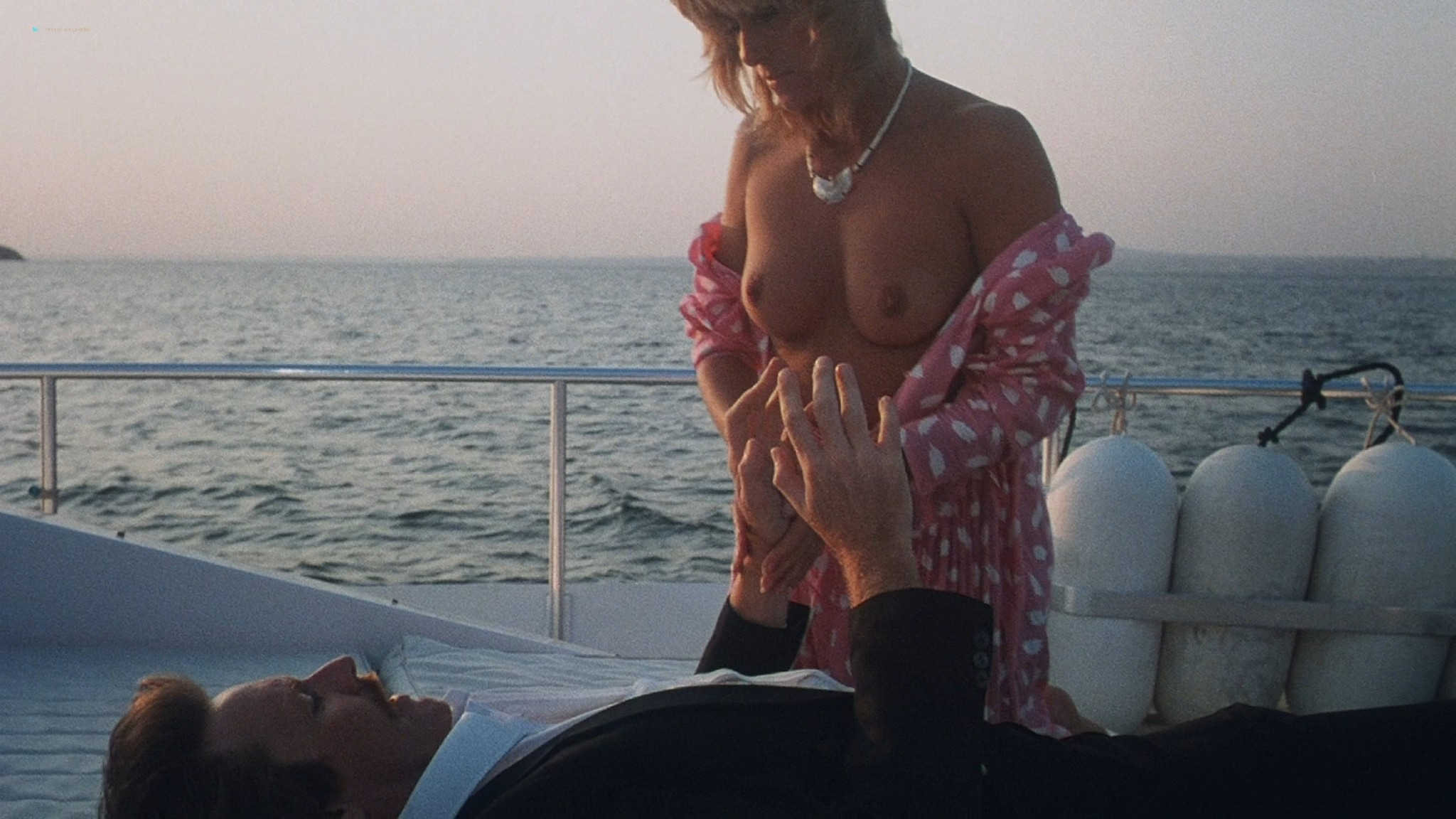 Belinda Mayne nude full frontal - White Fire (1984) HD 1080p BluRay (2)