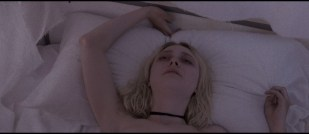 Dakota Fanning hot sex Evan Rachel Wood sexy - Viena and the Fantomes (2020) HD 1080p Web