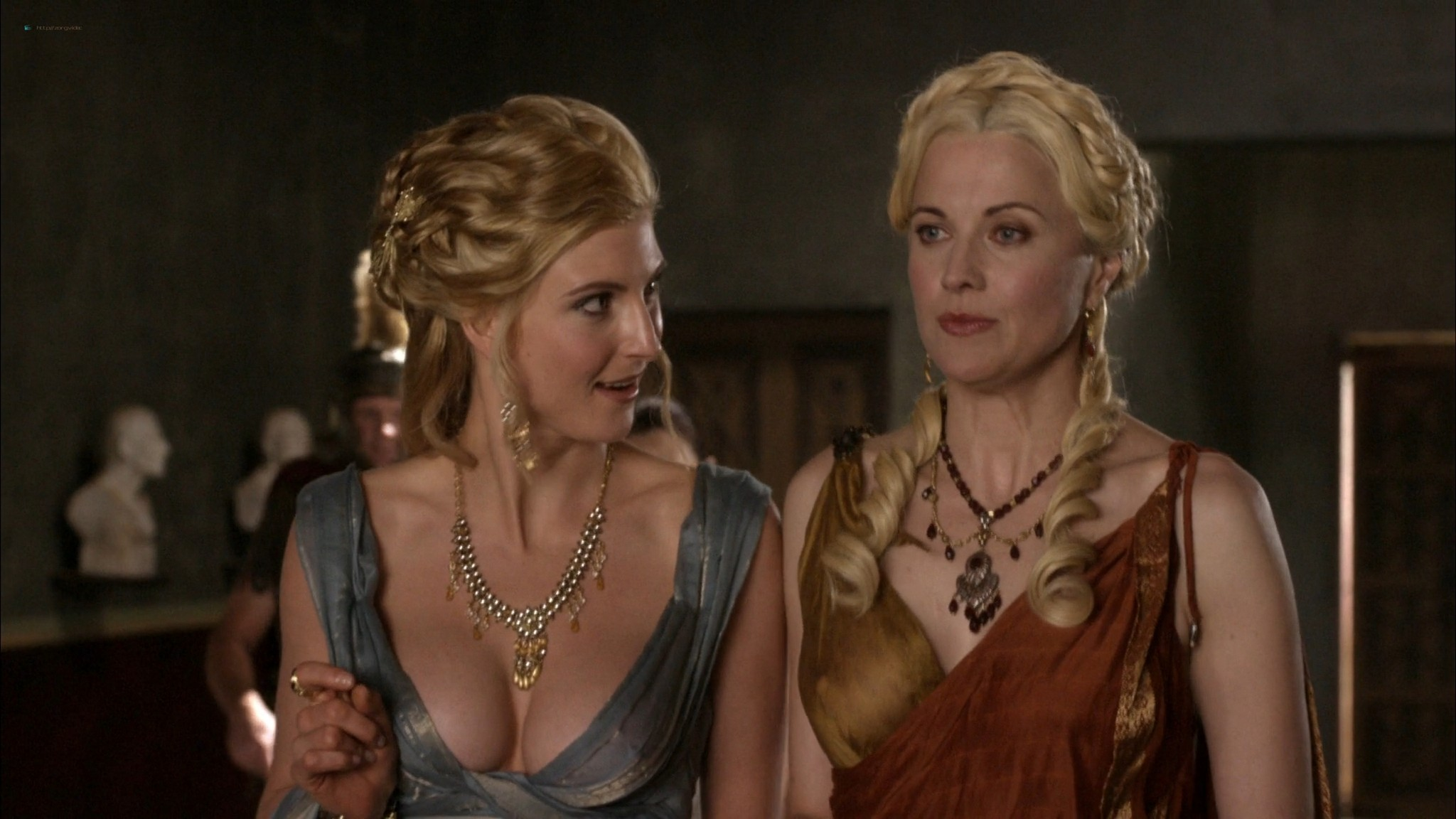 Lucy Lawless hot sex oral Lesley-Ann Brandt and others sexy - Spartacus - The Thing in the Pit (2010) s1e4-5 HD 1080p (6)