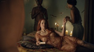 Lucy Lawless nude sex Erin Cummings, Aria Dickson nude too - Spartacus - Sacramentum Gladiatorum (2010) s1e2 HD 1080p
