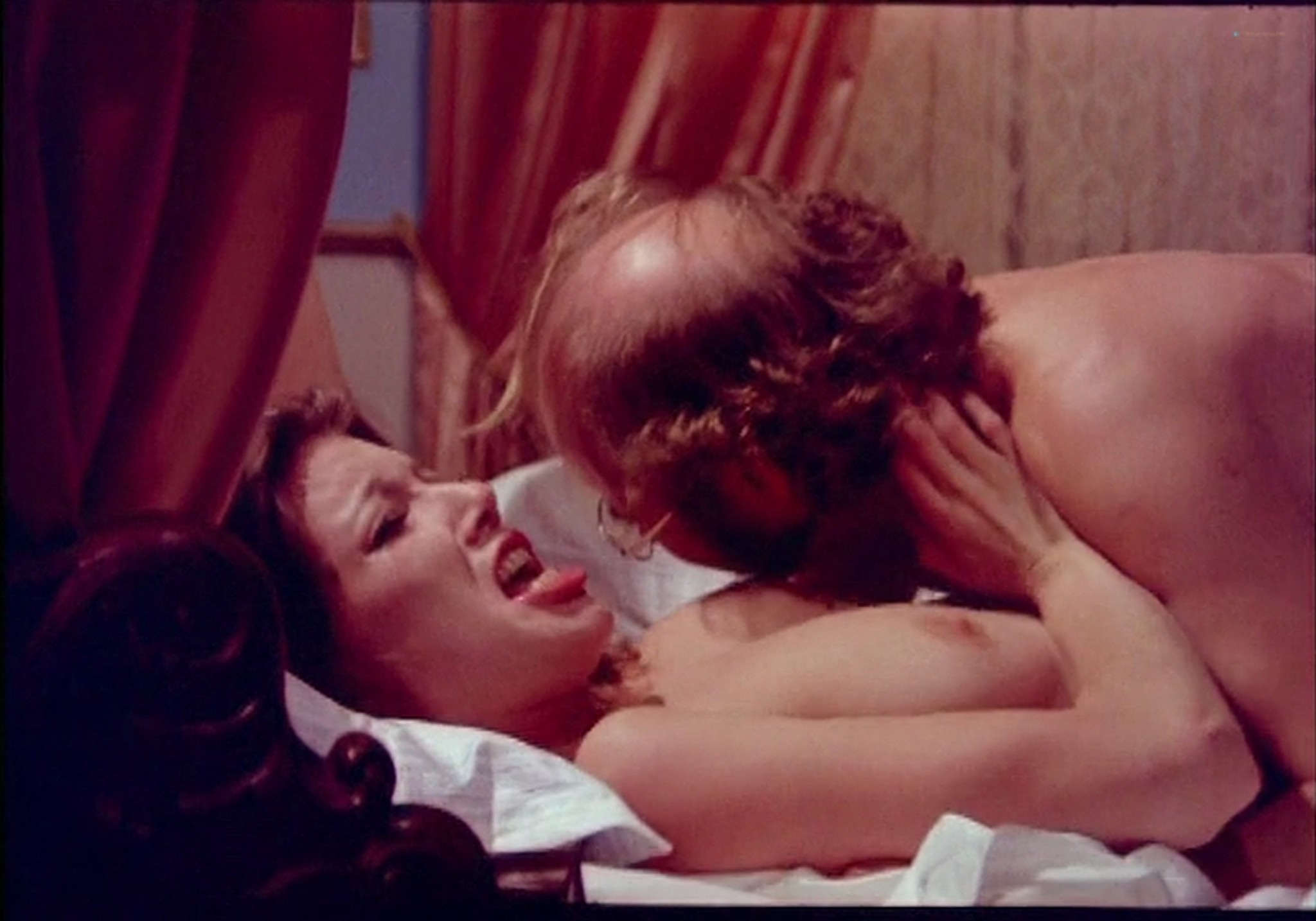 Marie Forså nude full frontal explicit Anne Bie Warburg and others nude sex - Justine and Juliette (DK-1975) (13)