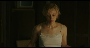 Sarah Gadon sexy Lola Kirke, Hong Chau hot - American Woman (2019) HD 1080p Web (3)