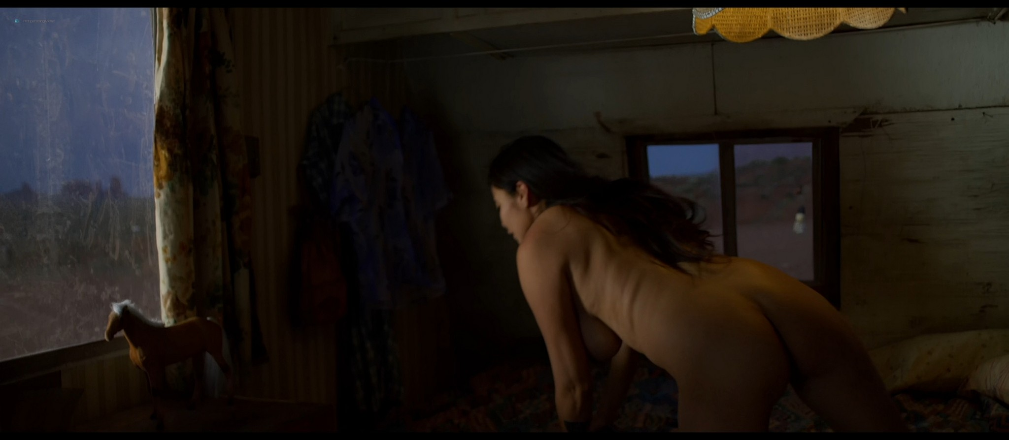 Bérénice Marlohe nude Jaime Ray Newman sexy Owee Rae butt naked - Valley of the Gods (2019) HD 1080p BluRay (16)