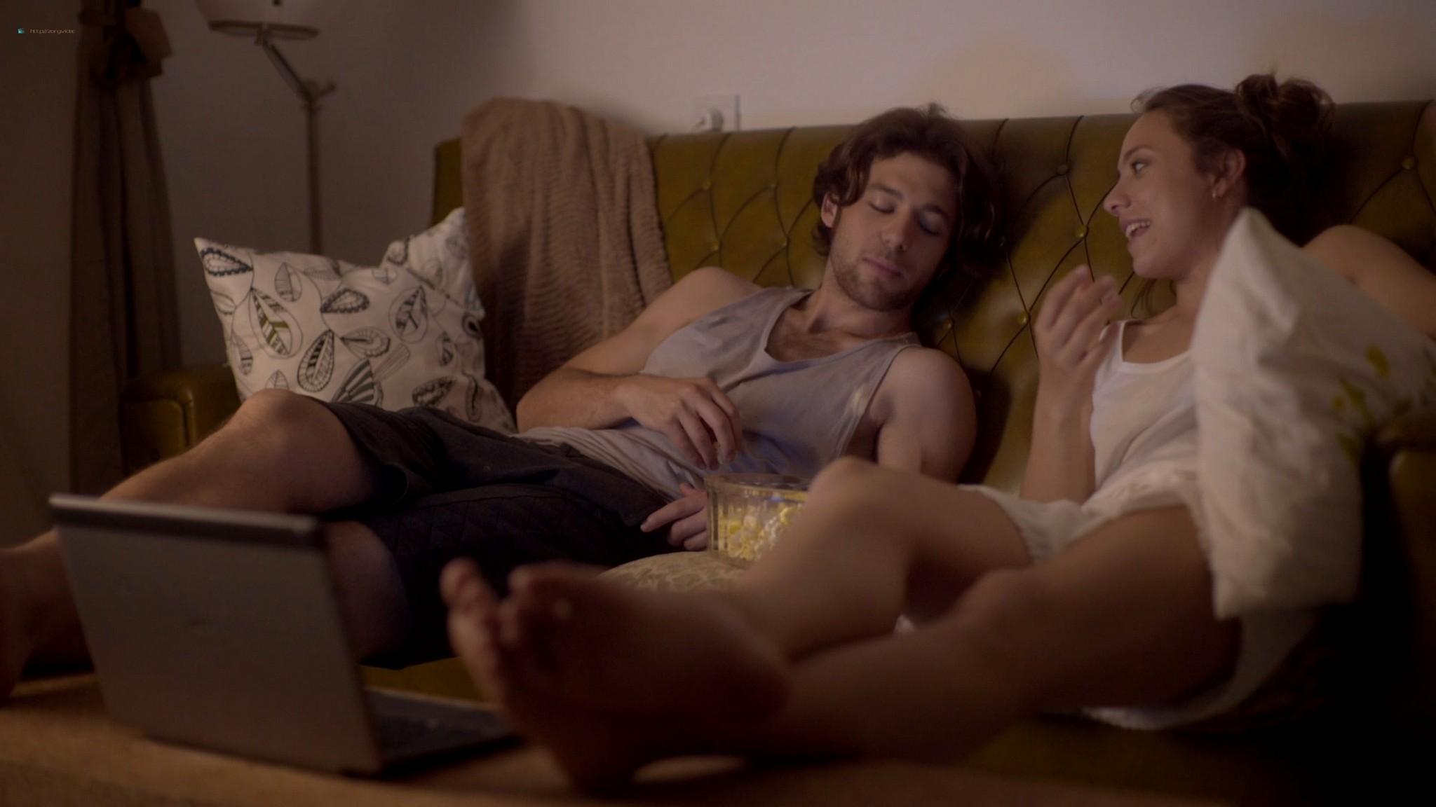 Blanca Parés hot and sexy - Los Amores Cobardes (2018) HD 1080p Web (5)