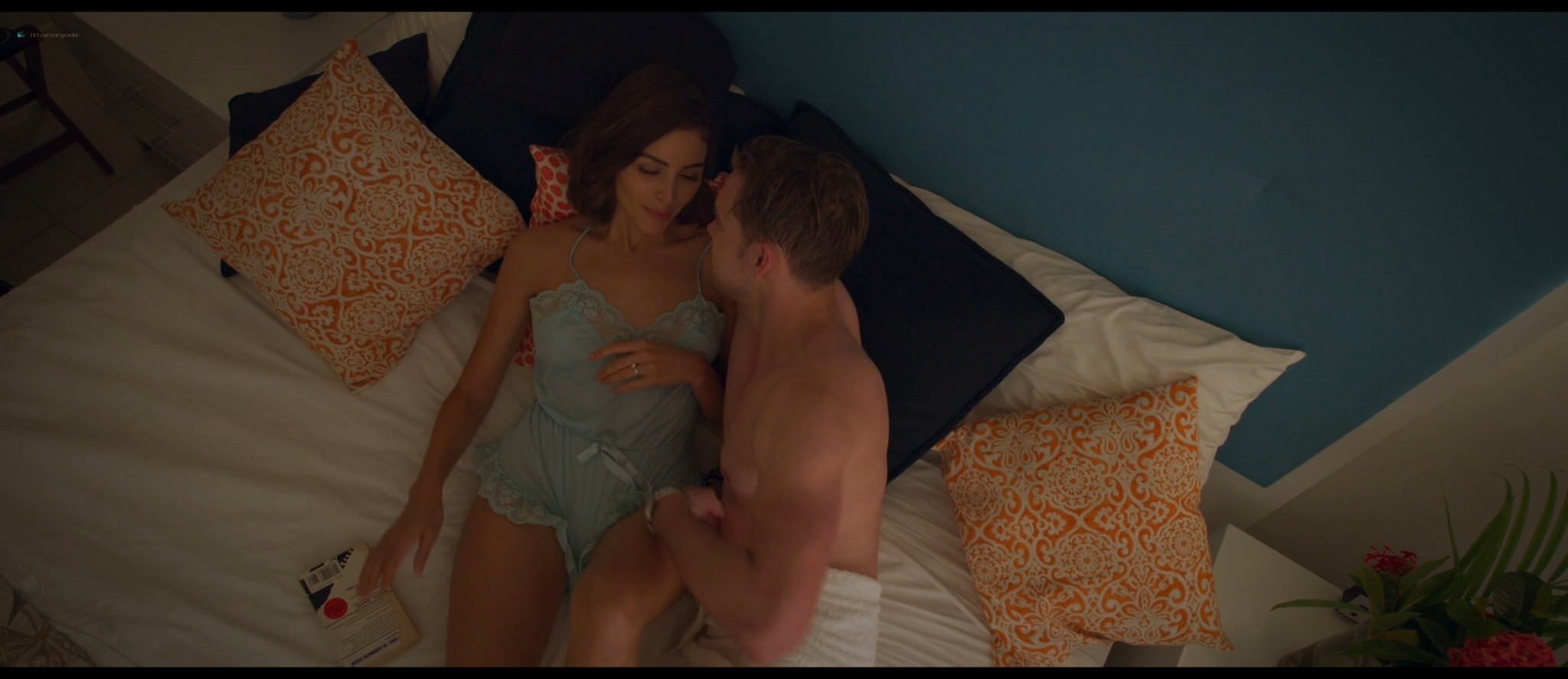 Olivia Culpo hot Adelaide Kane sexy others topless and hot - The Swing of Things (2020) HD 1080p Web (15)