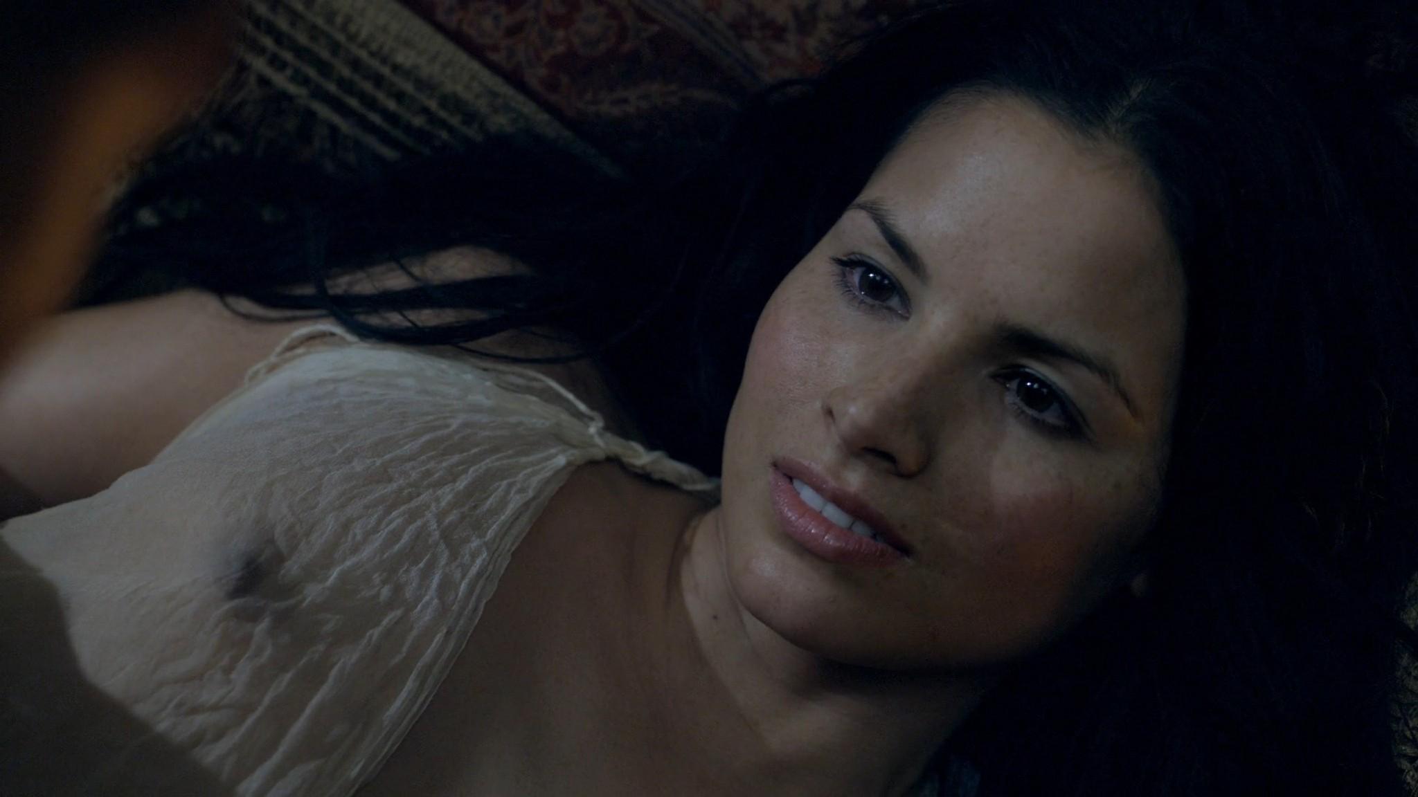 Viva Bianca nude Katrina Law, Bonnie Sveen all nude -Spartacus - Vengeance (2012) e2 1080p (5)