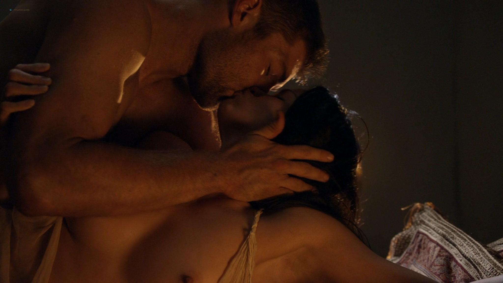 Viva Bianca nude topless Katrina Law, Bonnie Sveen, etc -Spartacus - Vengeance (2012) e3 1080p (9)