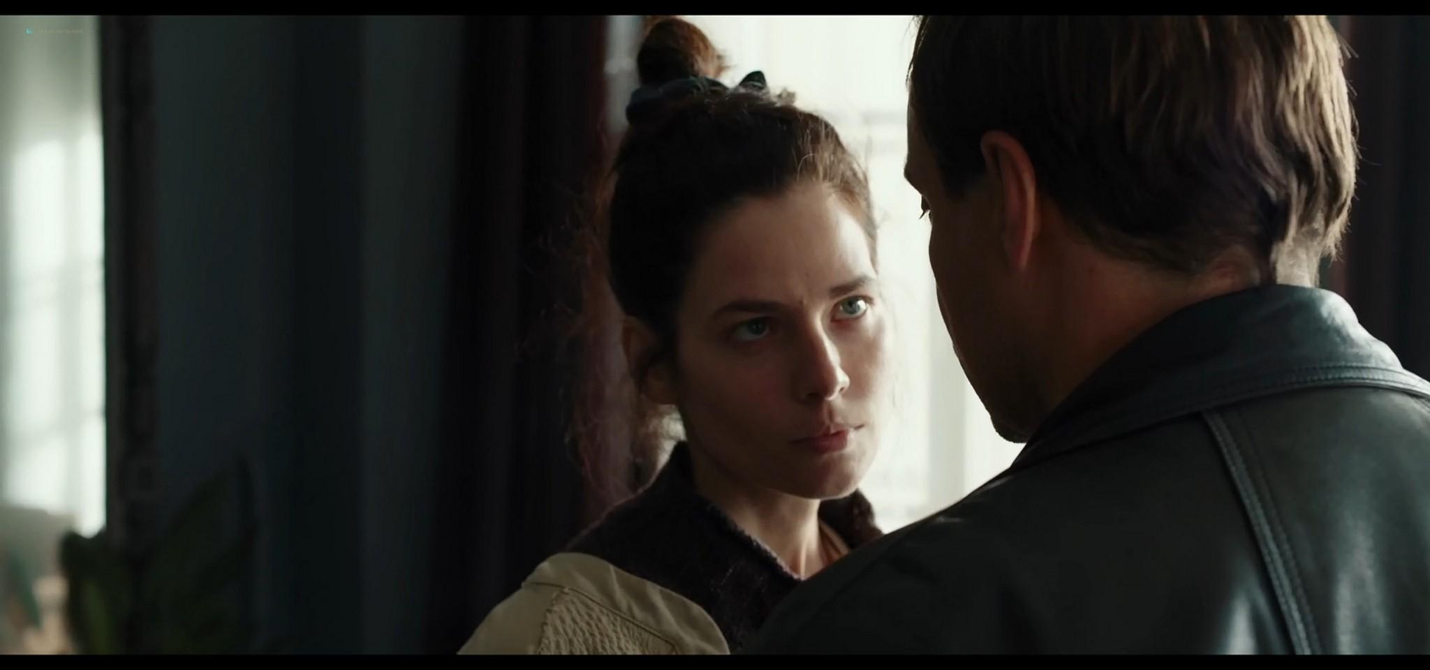 Yulia Snigir hot and some sex Anna Chipovskaya, Yuliya Peresild sexy - The End of the Season (2019) HD 1080p Web (10)