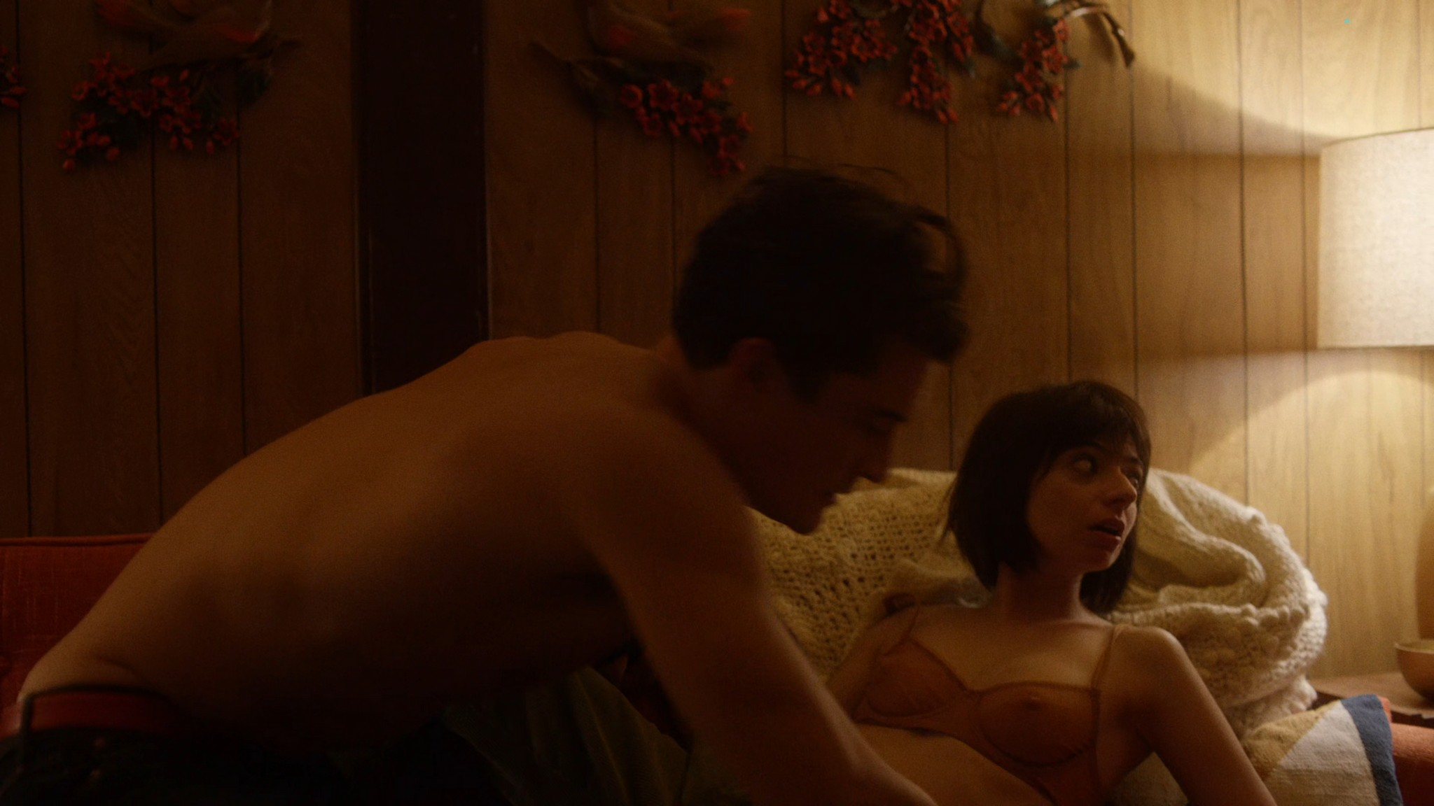 Malin Akerman nude sex threesome with Kate Micucci Easy 2016 s1e6 UHD 2160 1080p 002