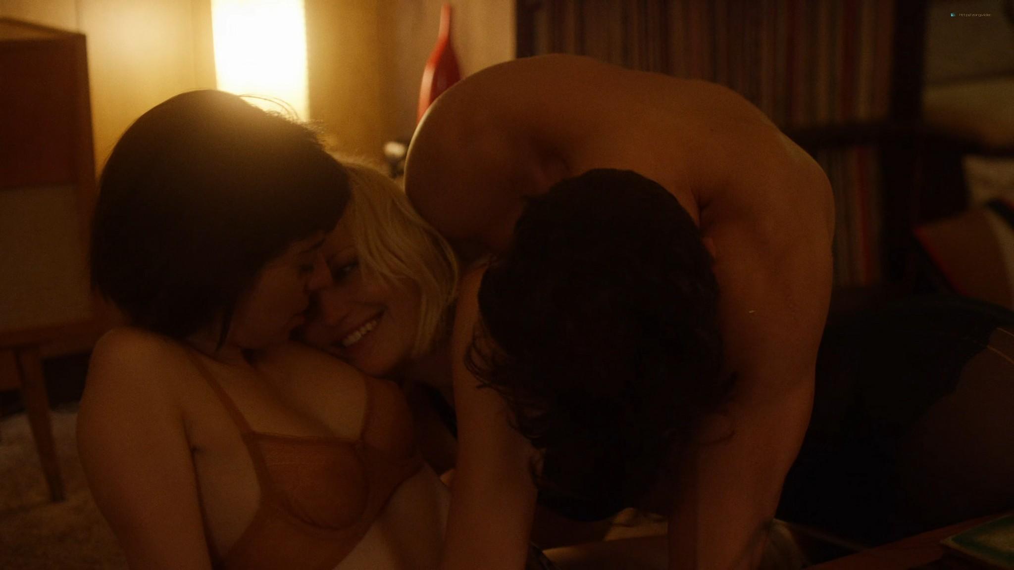 Malin Akerman nude sex threesome with Kate Micucci Easy 2016 s1e6 UHD 2160 1080p 004