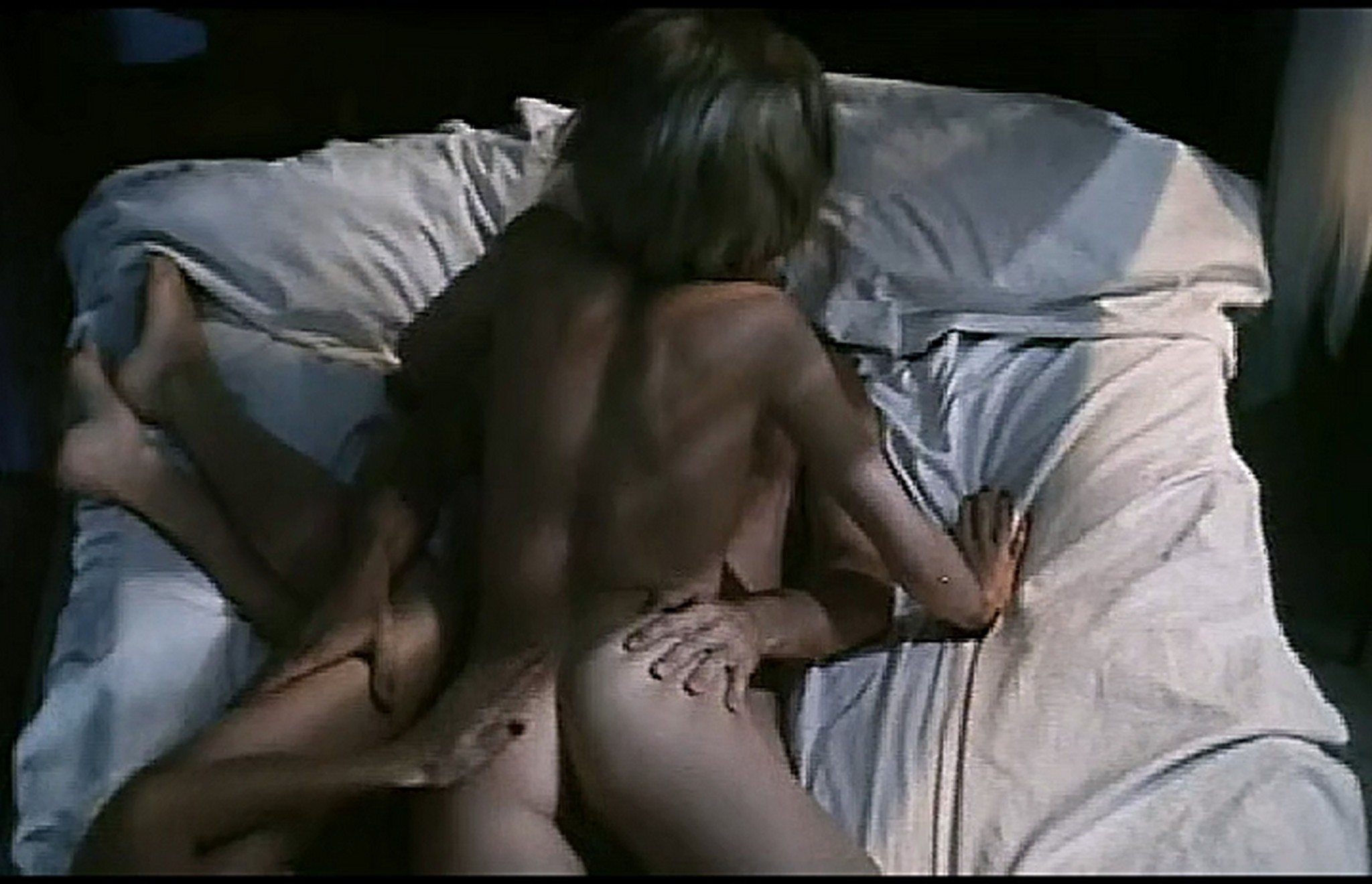 Marcela Walerstein nude Vibbe Haugaard and other nude lot of sex Emmanuelles Love 1993 TVrip 009
