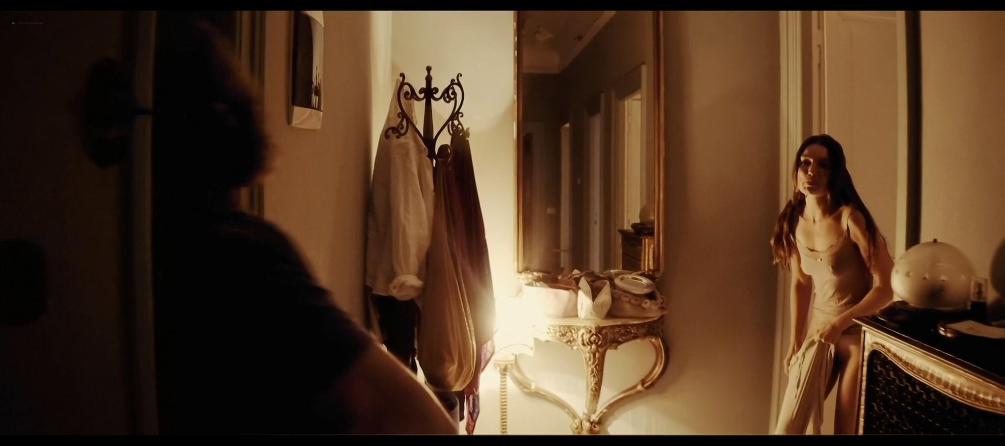 Cristina Chiriac nude full frontal Sofia Rania Dharma Mangia Woods full frontal too Tommaso 2019 HD 1080p Bluray 014