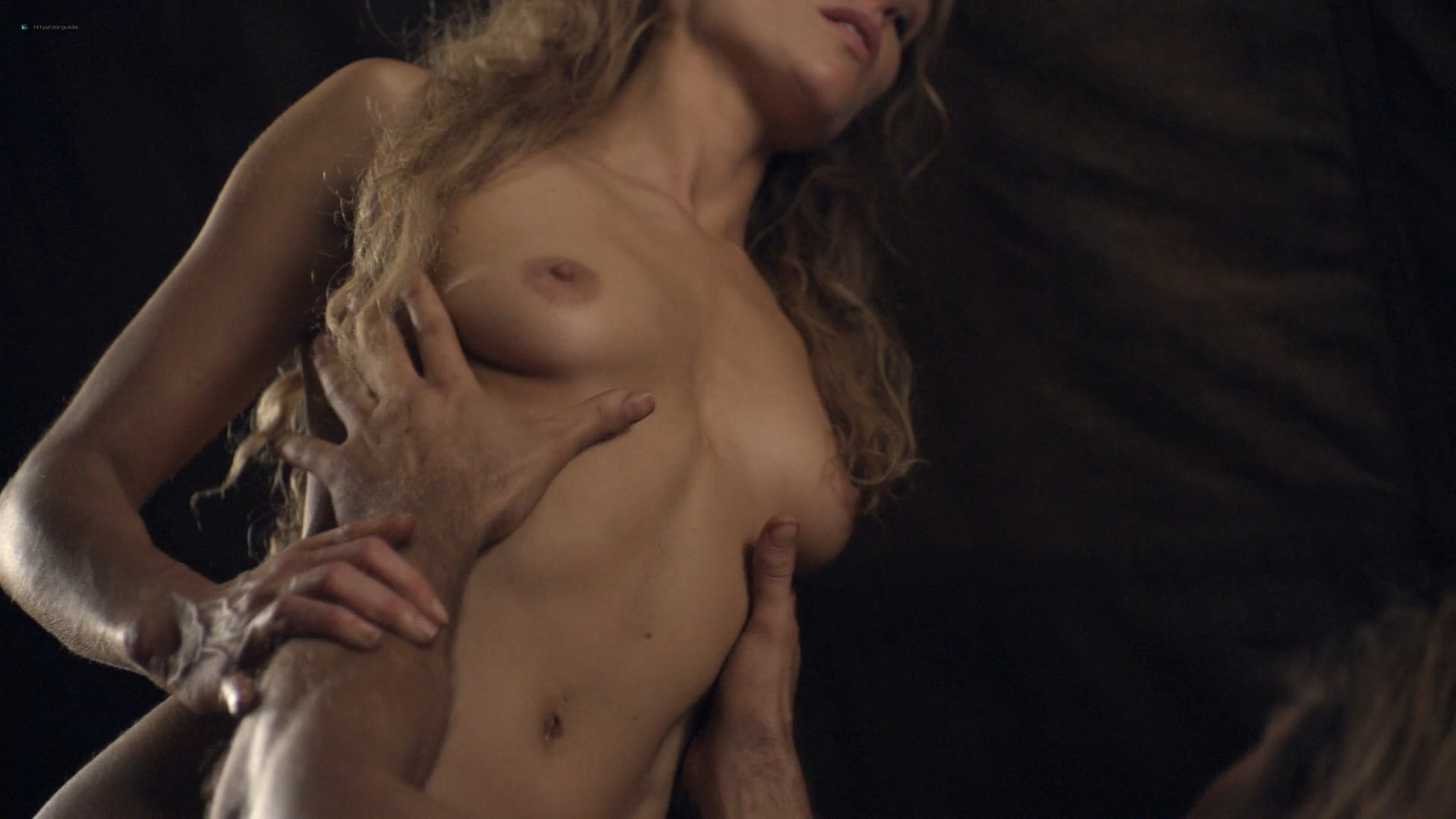 Ellen Hollman nude sex Jenna Lind Cynthia Addai Robinson and other nude Spartacus 2013 HD 1080p BluRay 008