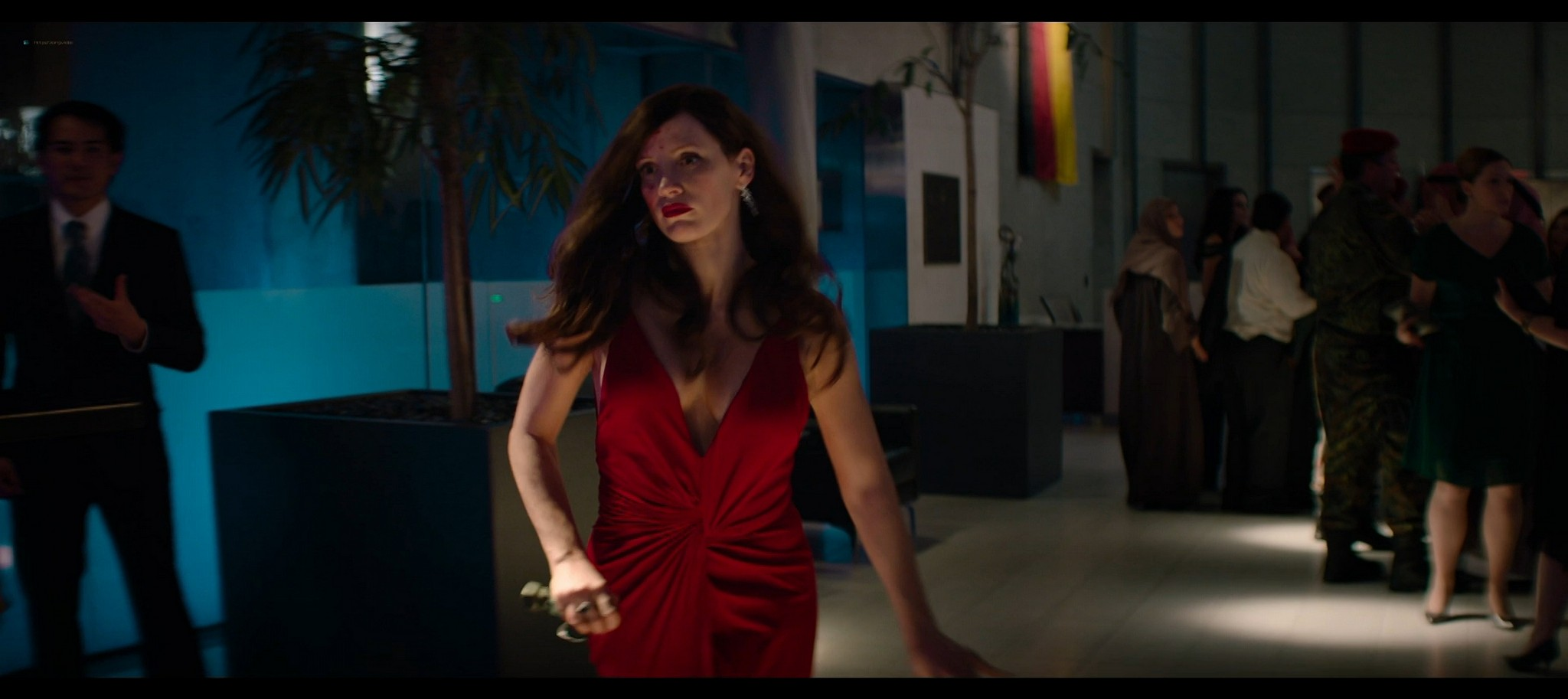 Jessica Chastain hot Jess Weixler sexy Ava 2020 HD 1080p BluRay REMUX 013