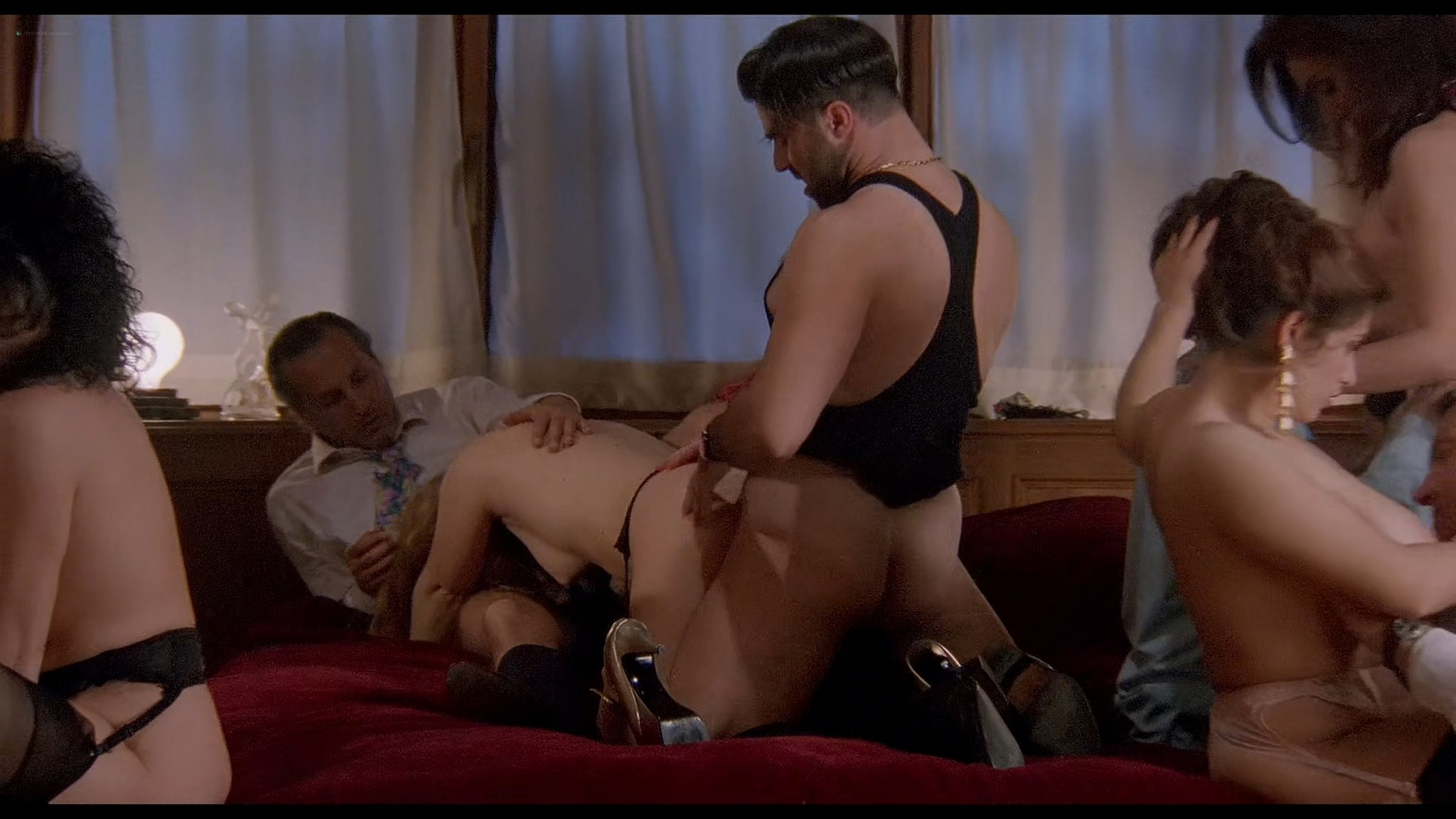 Cinzia Roccaforte nude explicit Erika Savastani and other nude sex explicit Fermo posta Tinto Brass 1995 HD 1080p BluRay 015