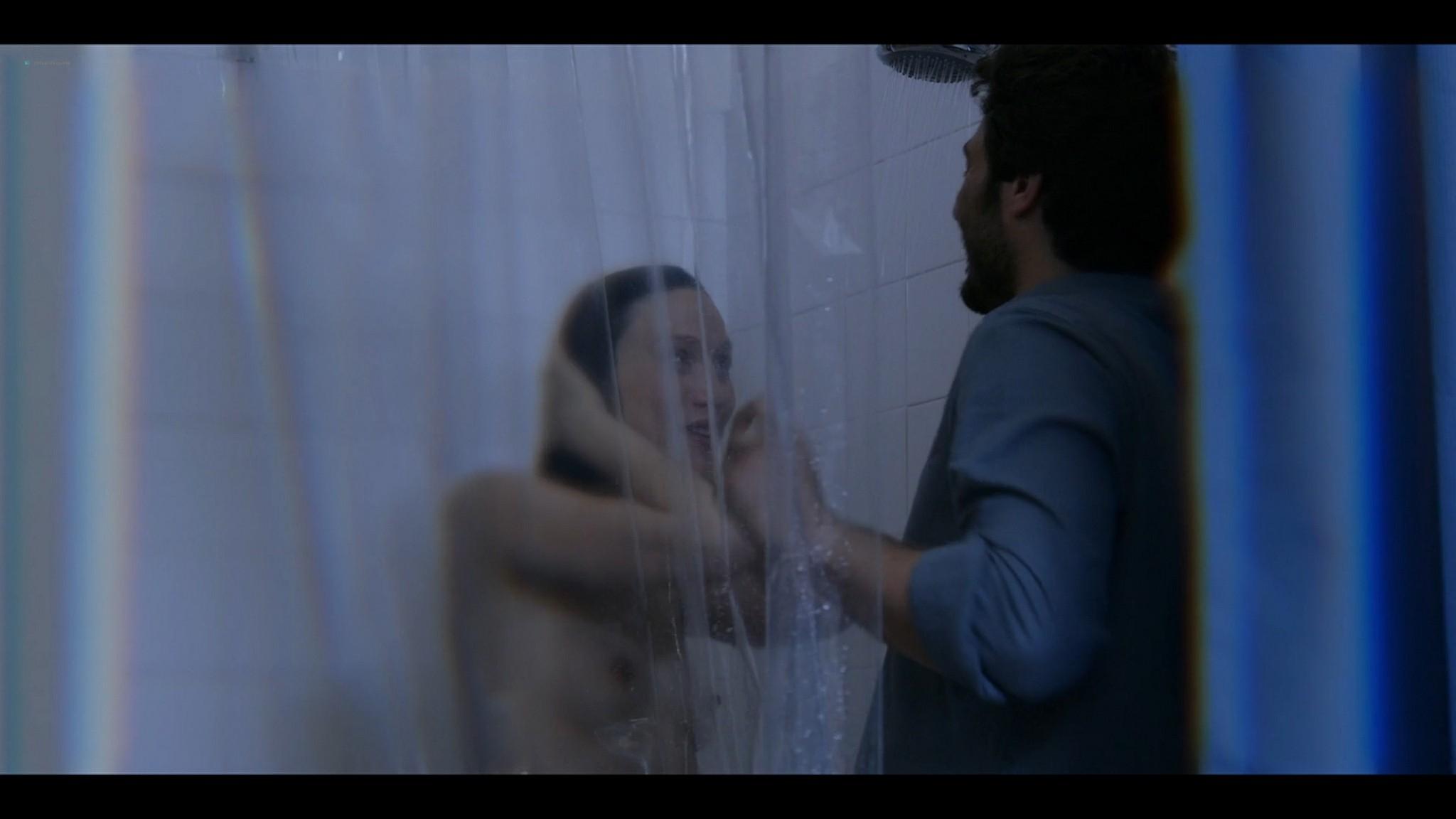 Elena Radonicich nude Yuliya Mayarchuk busty La Porta Rossa 2017 S1 HD 1080p 007