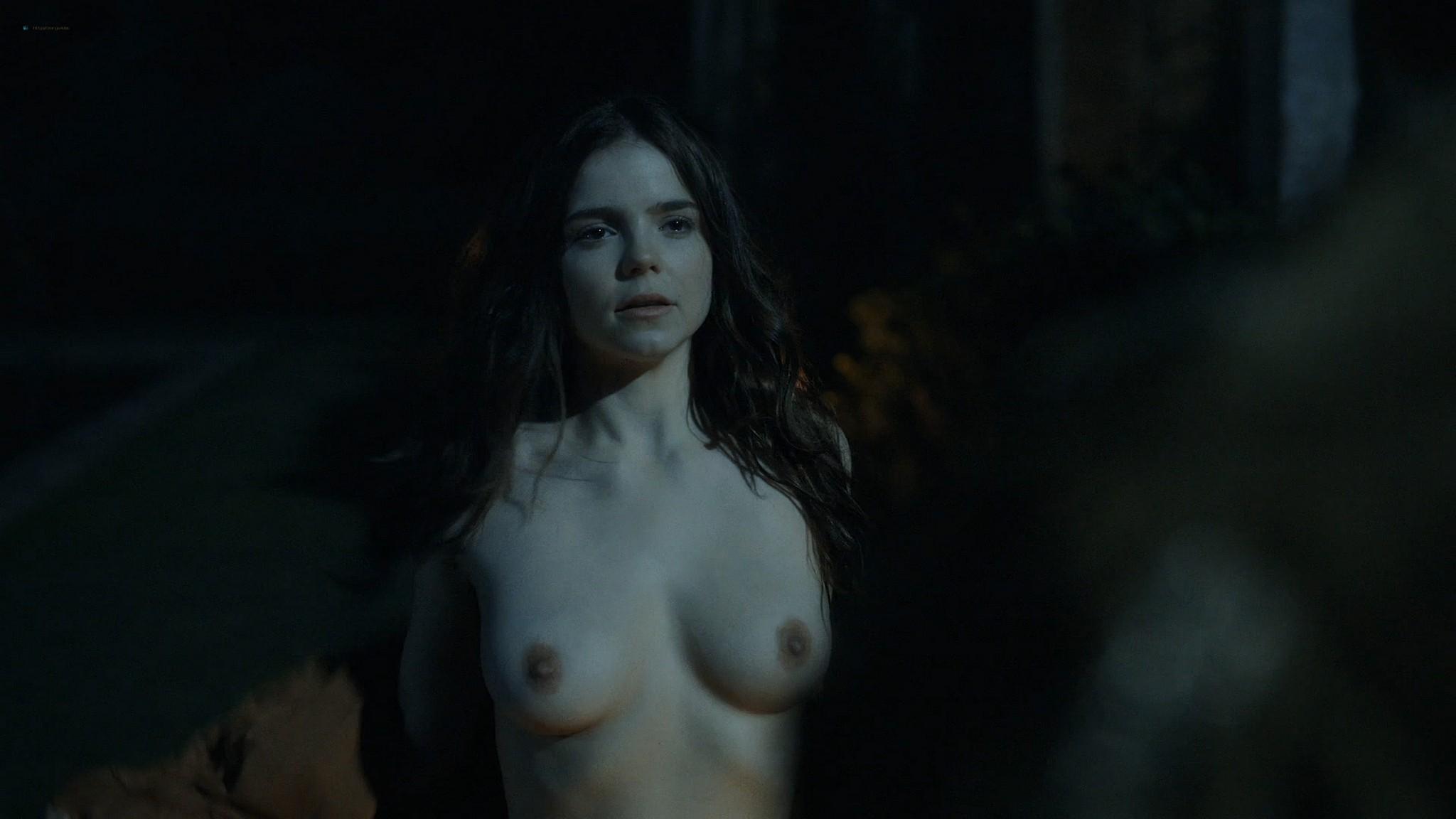 Alice Nokes nude topless The Spanish Princess 2020 s02e08 HD 1080p 002