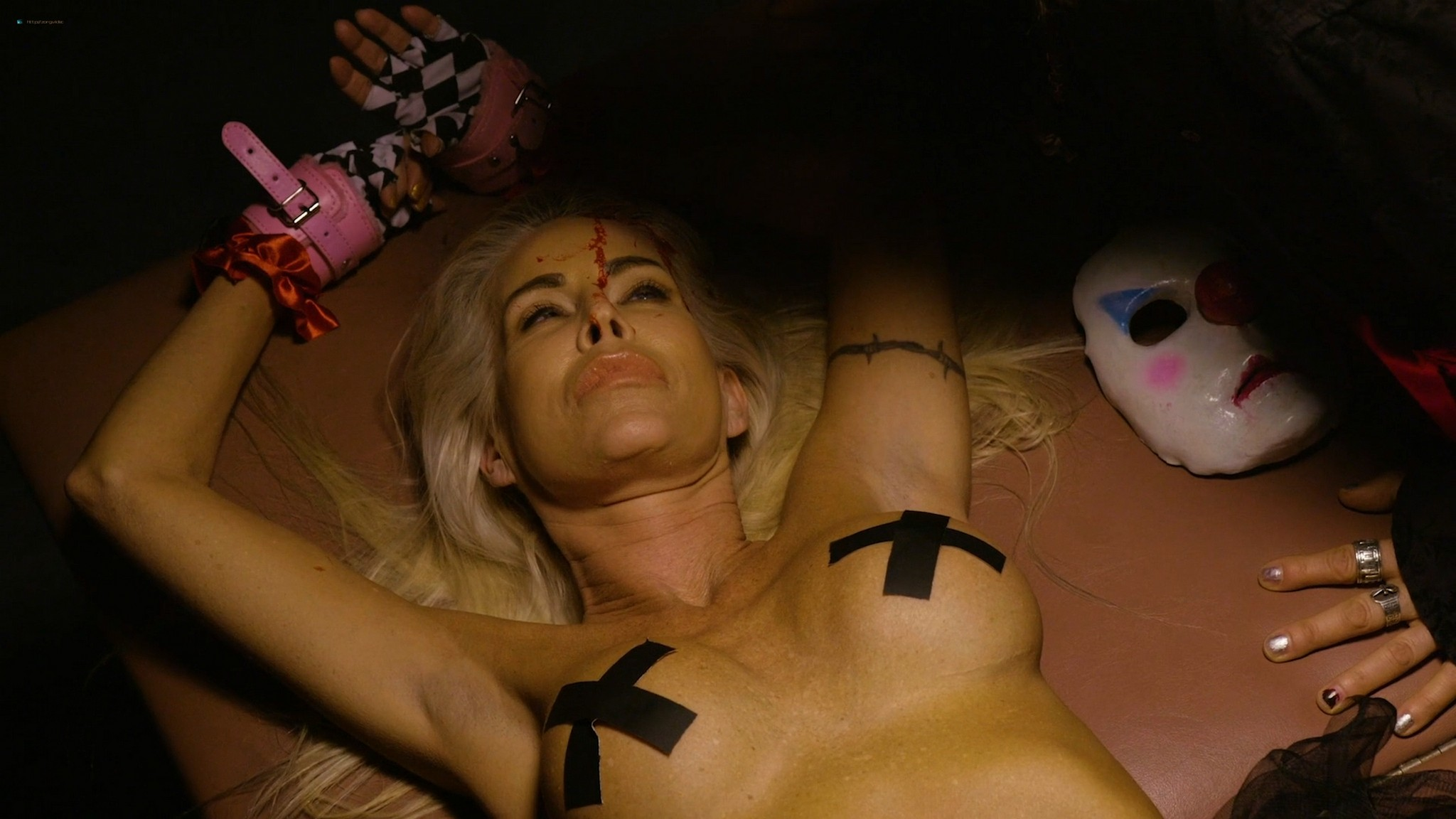 Dana Wolf nude Tabitha Stevens Devhorra Dark nude full frontal Die Influencers Die 2020 HD 1080p 007
