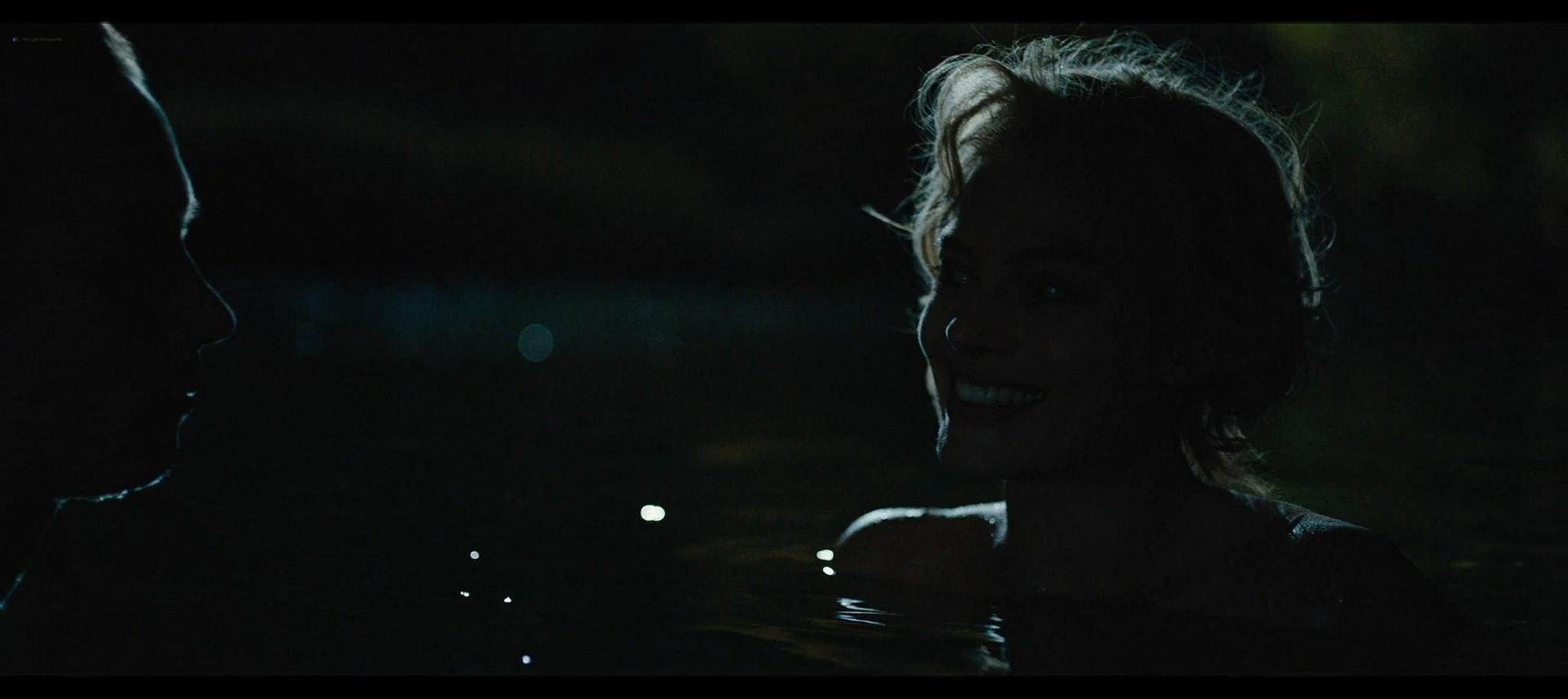 Margot Robbie nude topless Dreamland 2020 HD 1080p Web001