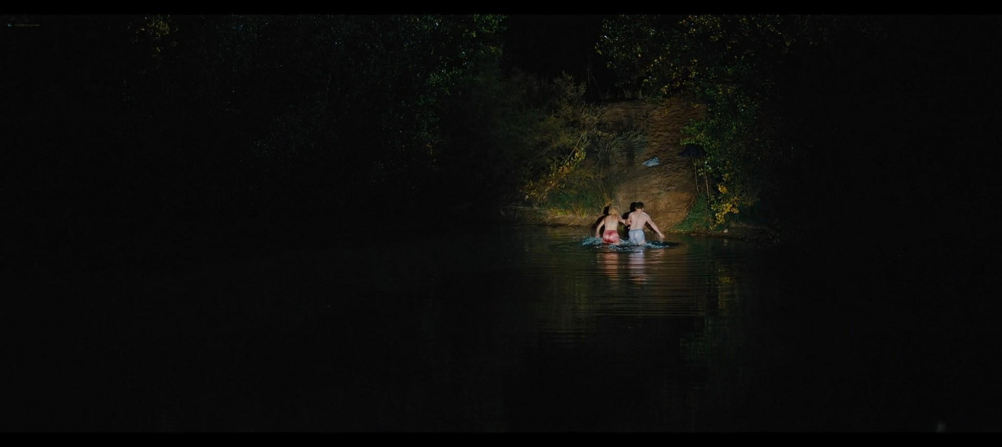 Margot Robbie nude topless Dreamland 2020 HD 1080p Web002