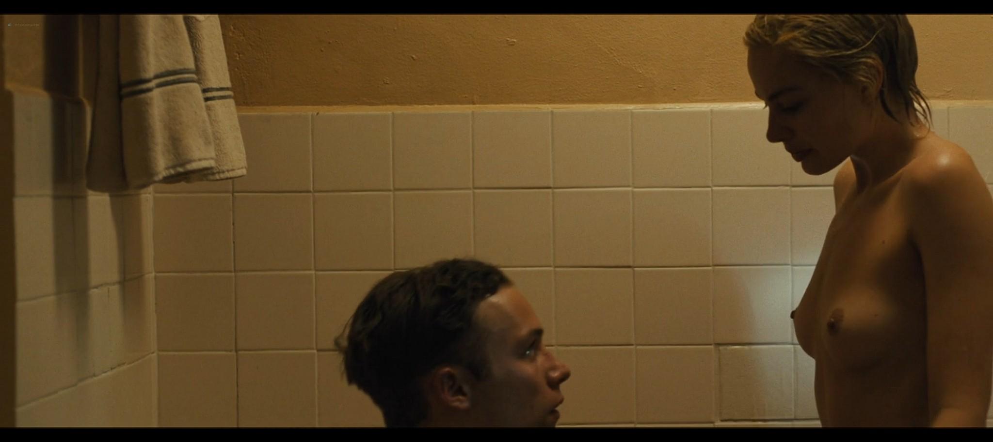Margot Robbie nude topless Dreamland 2020 HD 1080p Web011