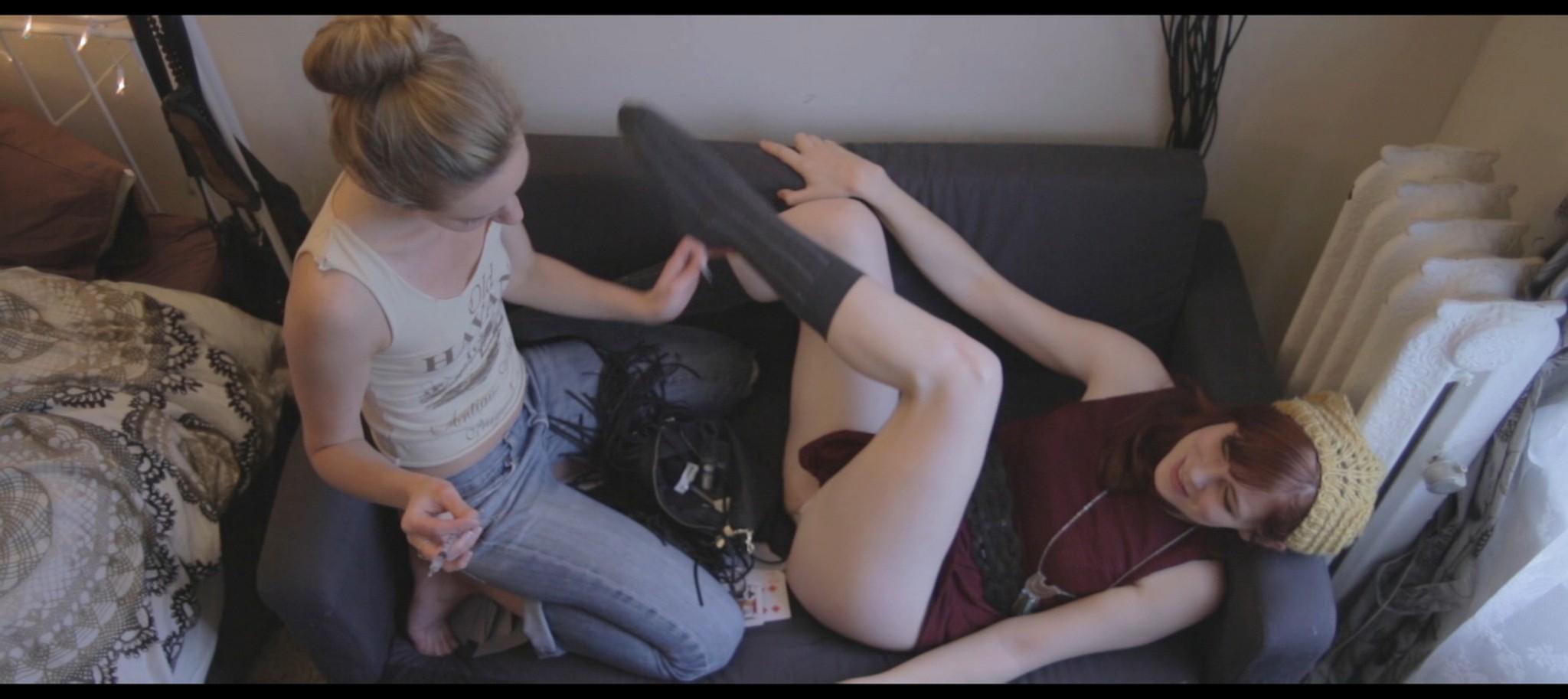 Sonja OHara nude full frontal Julie Hays Cat Yudain nude too Ovum 2015 HD 1080p Web 016