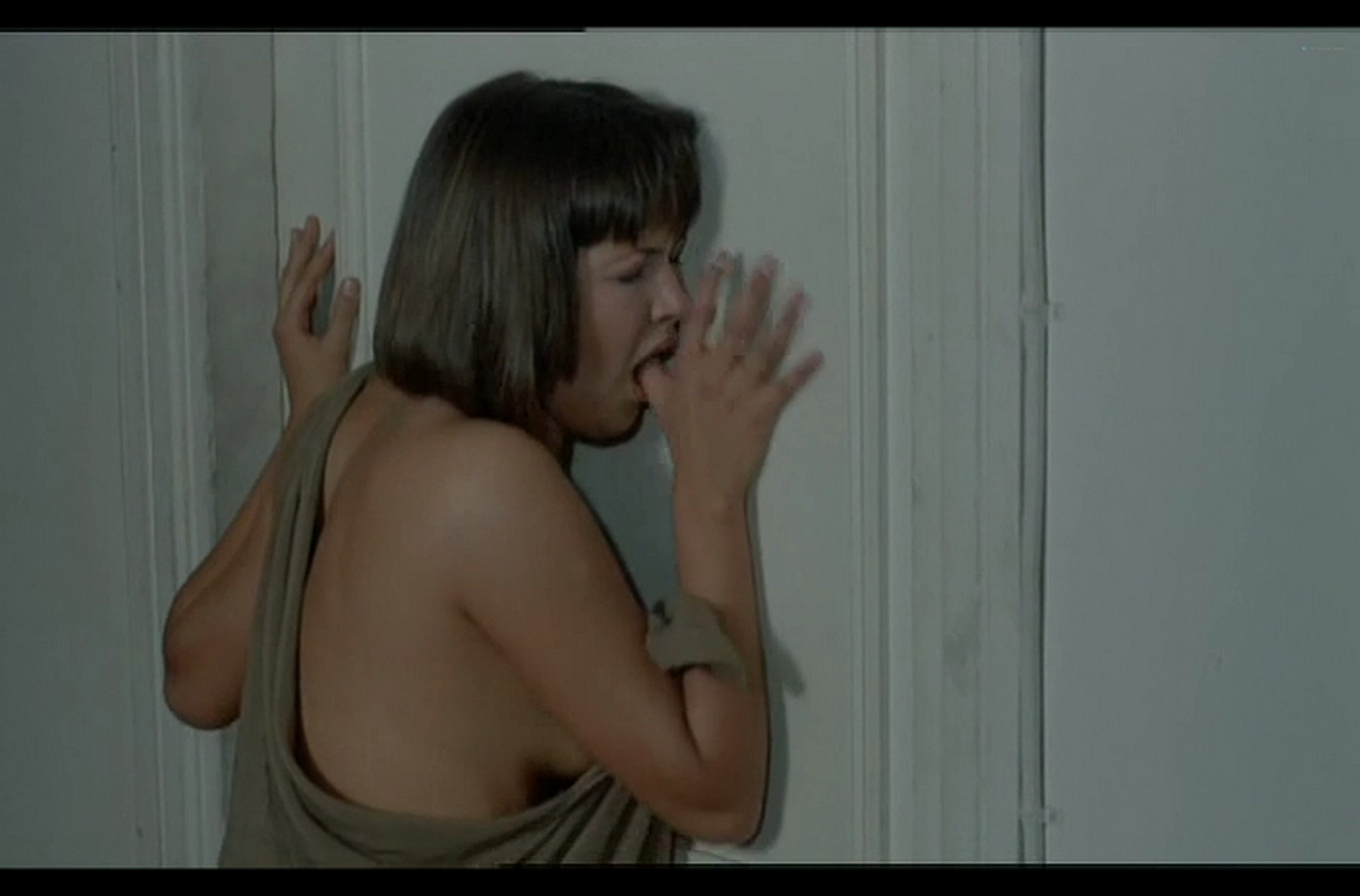 Sophie Marceau nude full frontal Christiane Jean nude too Lamour braque FR 1985 DvDrip 011