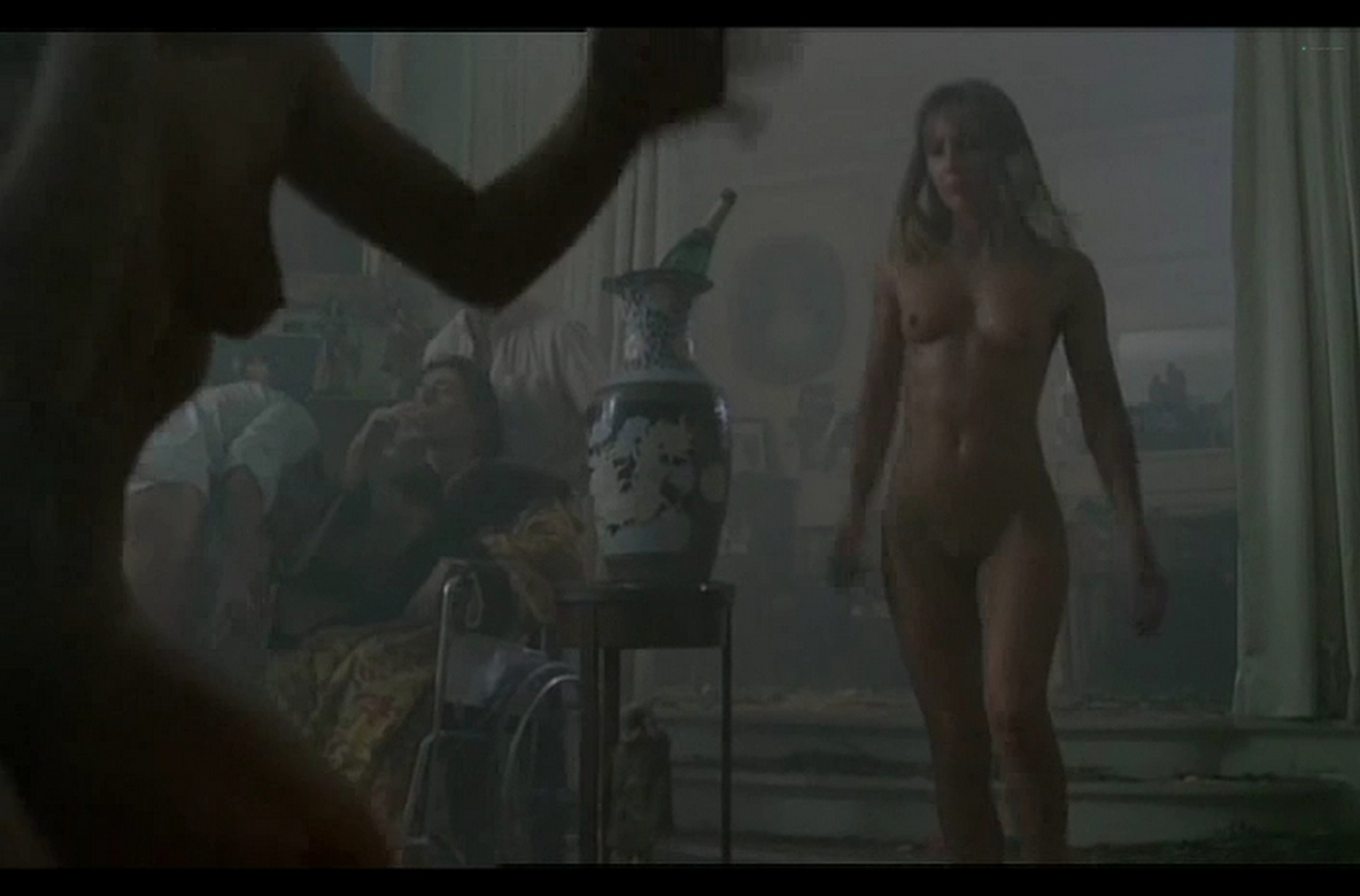 Sophie Marceau nude full frontal Christiane Jean nude too Lamour braque FR 1985 DvDrip 014