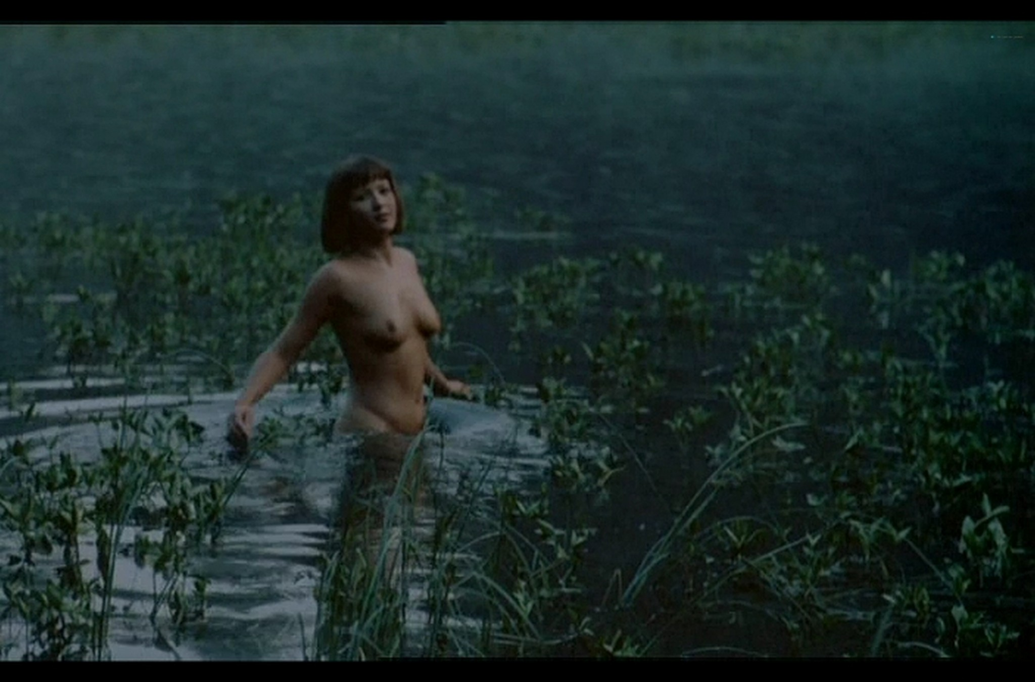 Sophie Marceau nude full frontal Christiane Jean nude too Lamour braque FR 1985 DvDrip 017