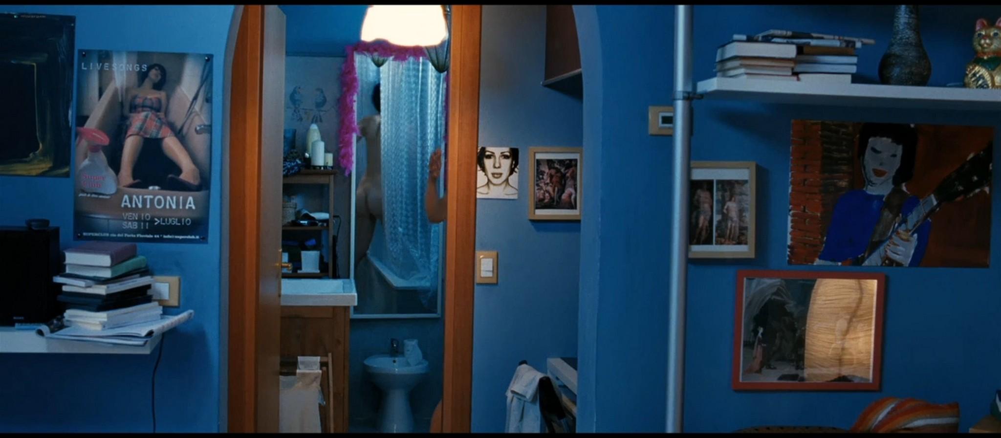 Thony Federica Victoria Caiozzo nude butt and sex Stefania Felicioli sexy Tutti i santi giorni IT 2012 720p BluRay 02