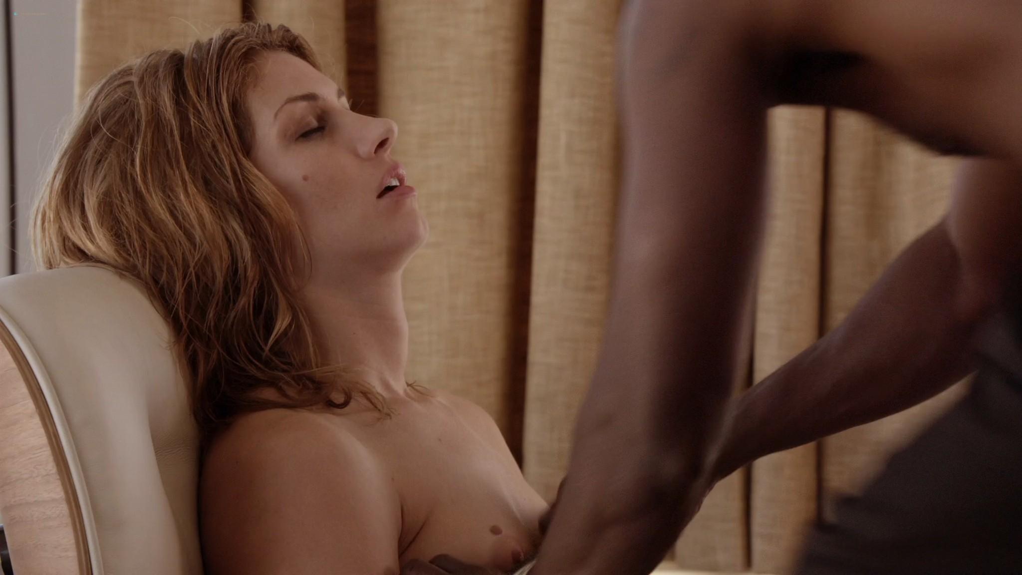 Kristen Bell hot Dawn Olivieri Megalyn Echikunwoke nude topless House Of Lies 2012 s1e1 1080p Web 7