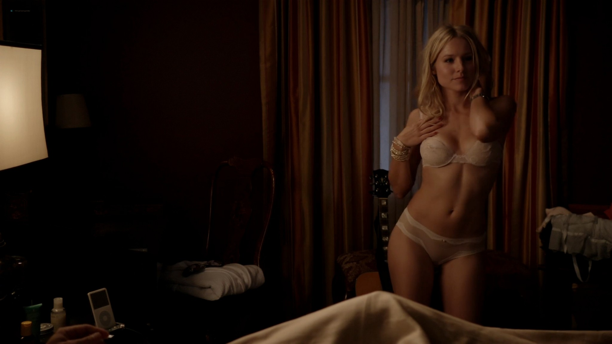 Kristen Bell hot sex Amy Landecker nude boobs House of Lies 2012 s1e3 4 1080p Web 14