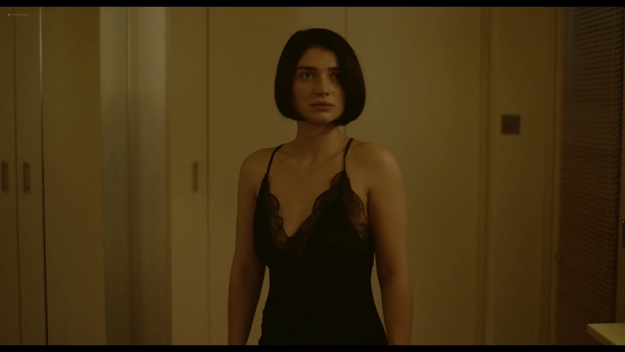 Simona Brown nude butt and sex Eve Hewson sex Behind Her Eyes 2021 S1 1080p Web 15