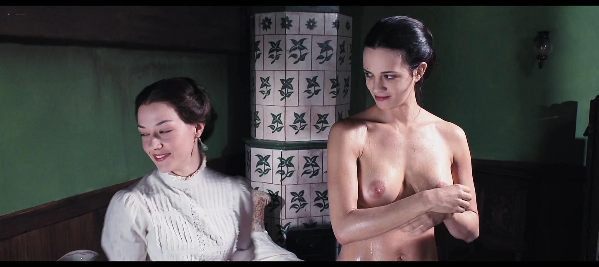 Asia Argento nude and Miriam Giovanelli nude in Darios Argento Dracula 3d 2012 HD 1080p BluRay 12