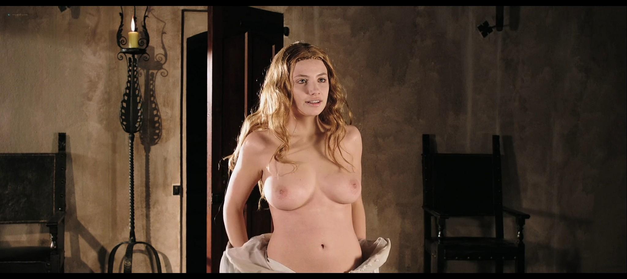 Asia Argento nude and Miriam Giovanelli nude in Darios Argento Dracula 3d 2012 HD 1080p BluRay 7
