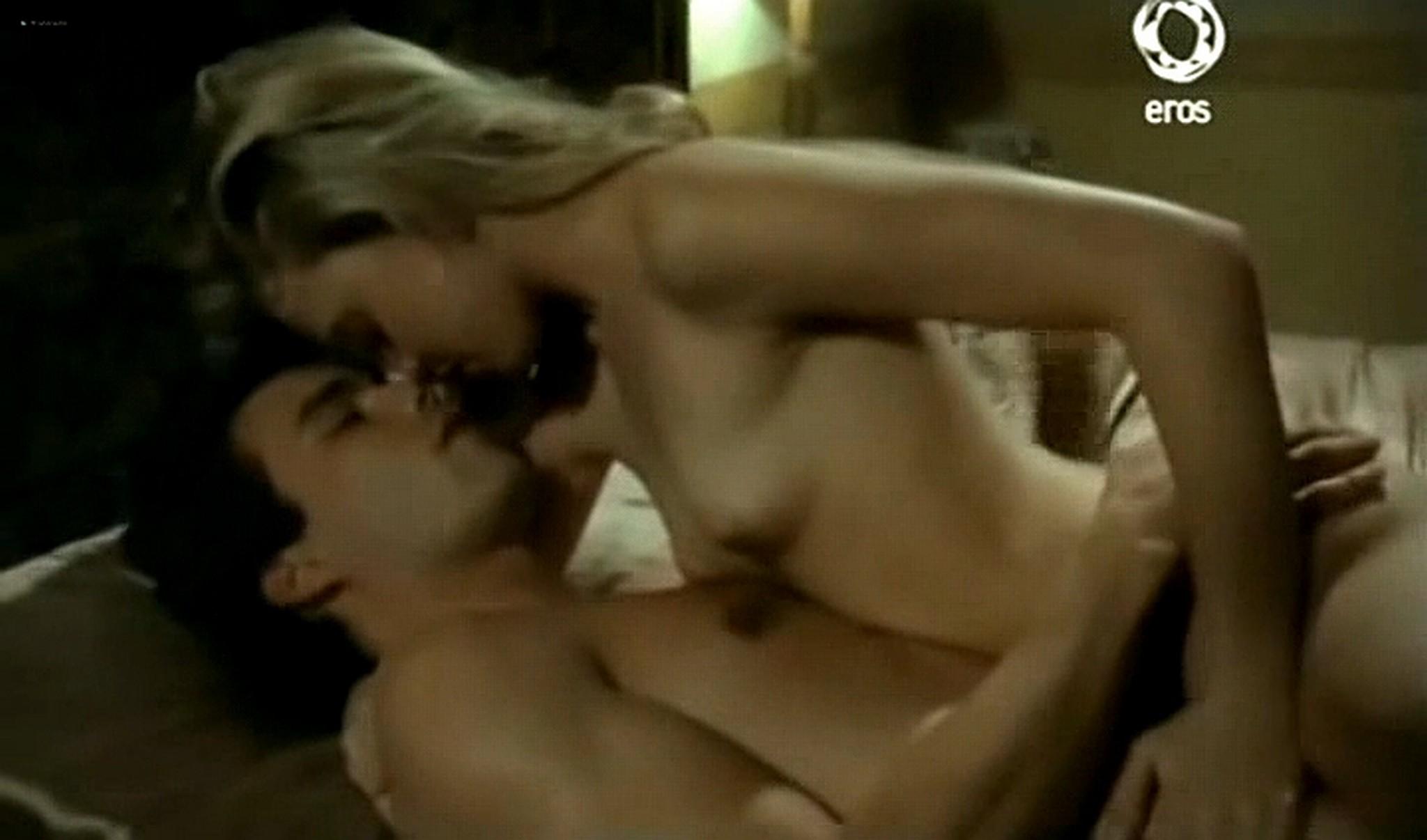 Josie Bissett nude and lot of hot sex Desire IT 1990 TVrip 18