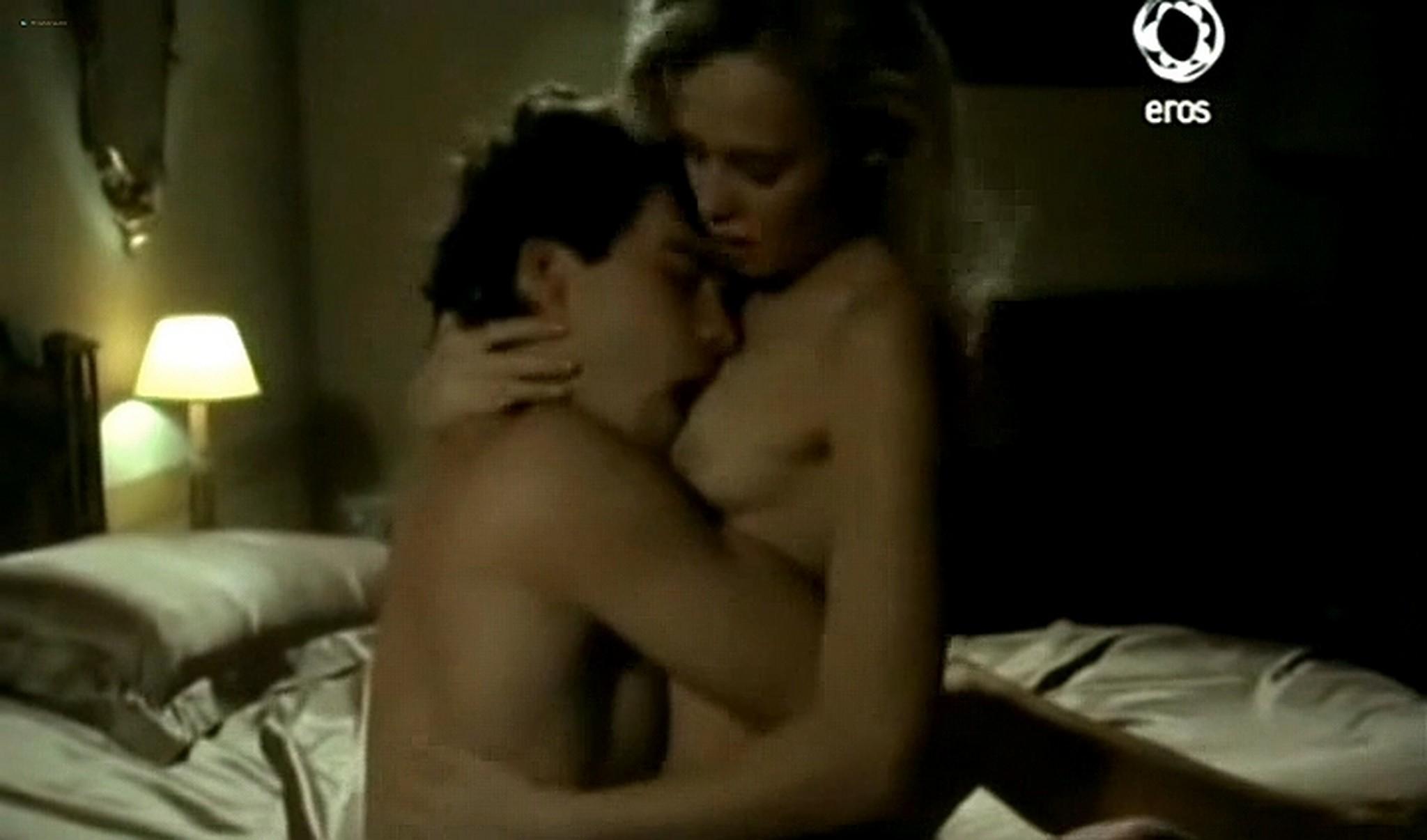 Josie Bissett nude and lot of hot sex Desire IT 1990 TVrip 19
