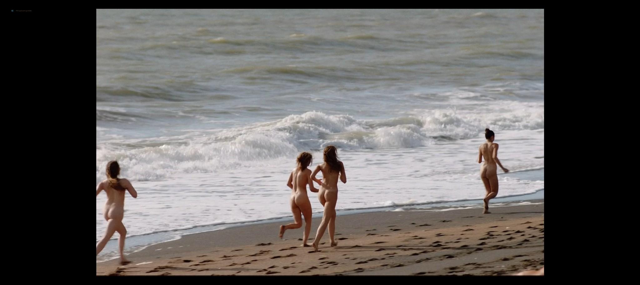 Laura Chiatti nude Antonia Fotaras and others nude bush and topless Addio al nubilato IT 2021 1080p Web 13